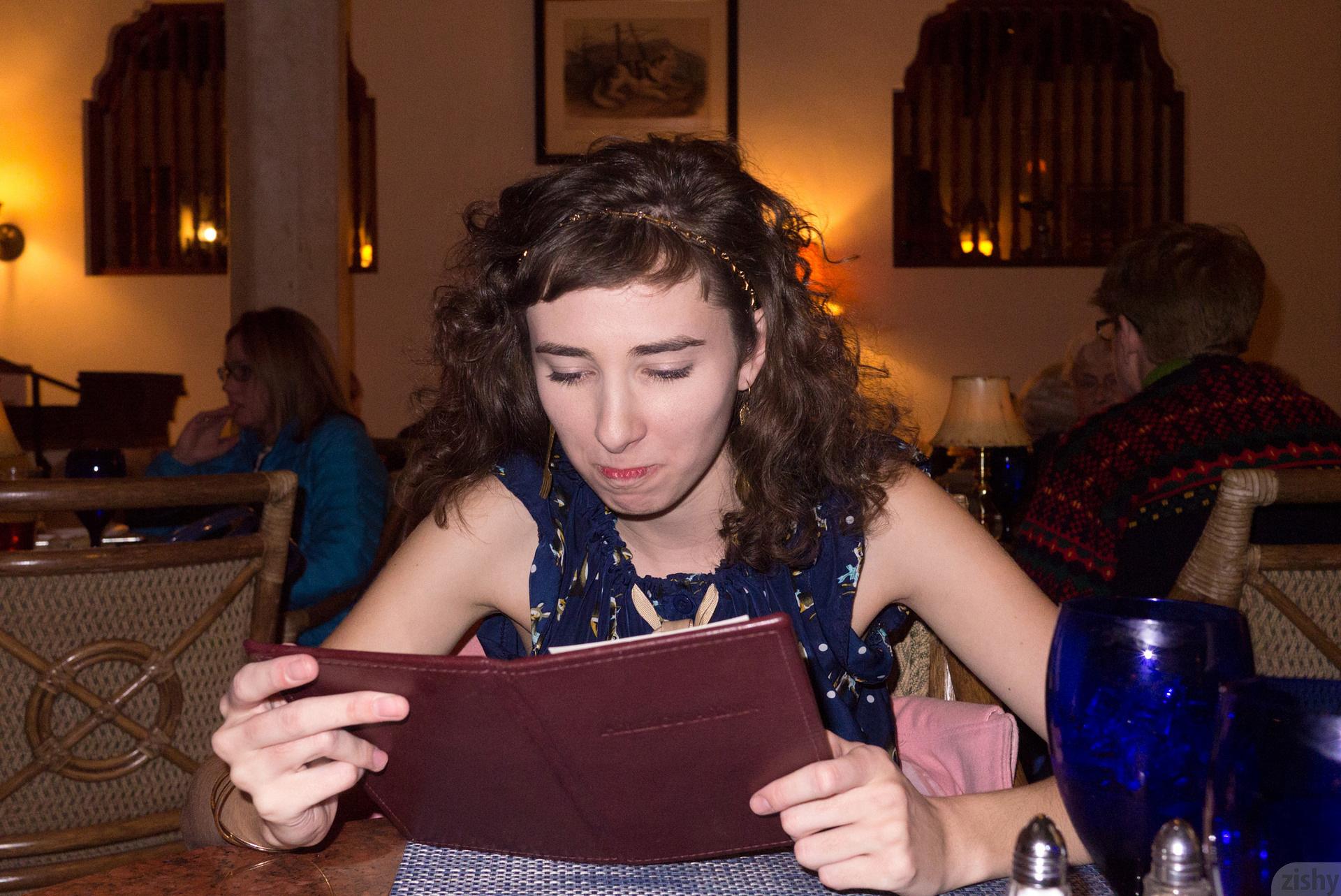 Yvette Nolot At Arizona Inn Zishy (9)