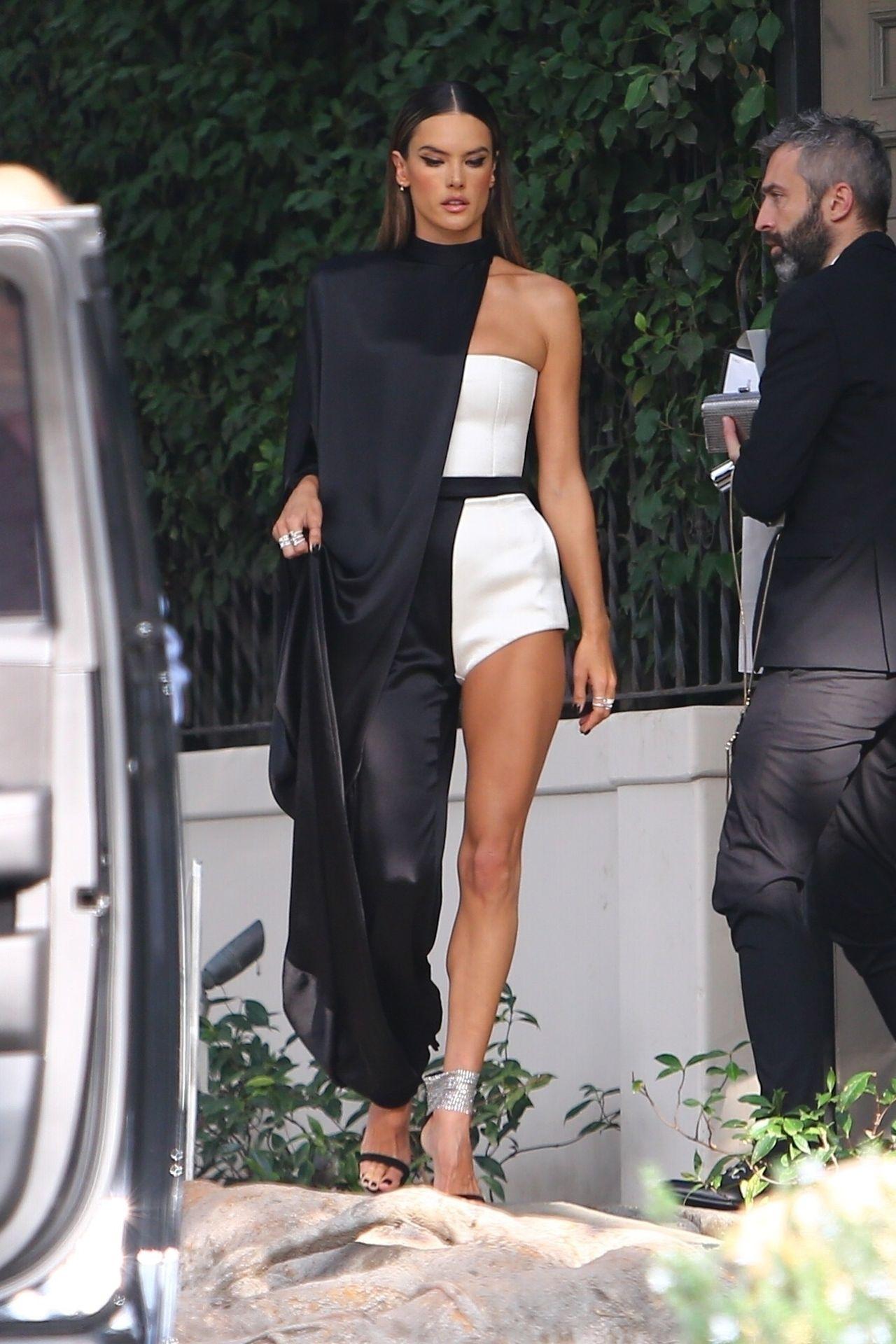 Alessandra Ambrosio Looks Stunning Ahead Of The Grammys 0005
