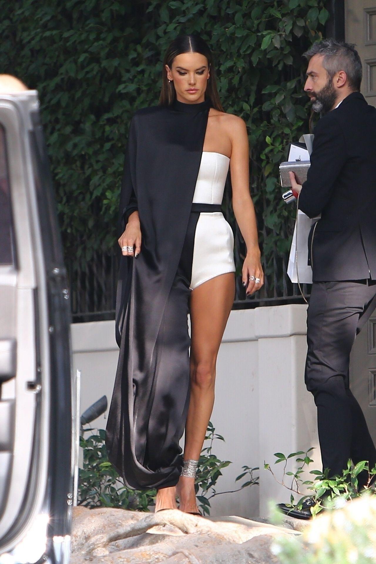 Alessandra Ambrosio Looks Stunning Ahead Of The Grammys 0010