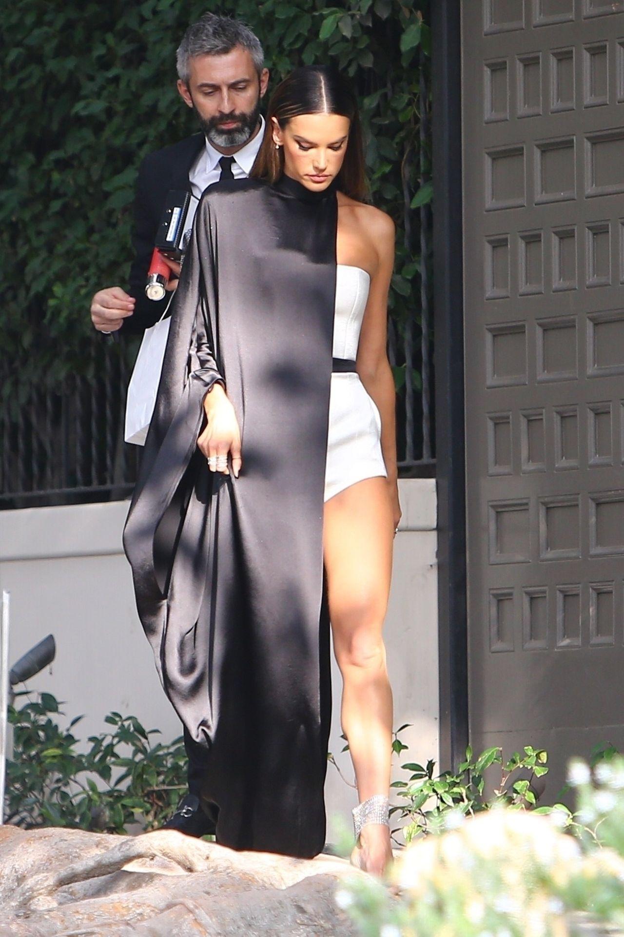 Alessandra Ambrosio Looks Stunning Ahead Of The Grammys 0013