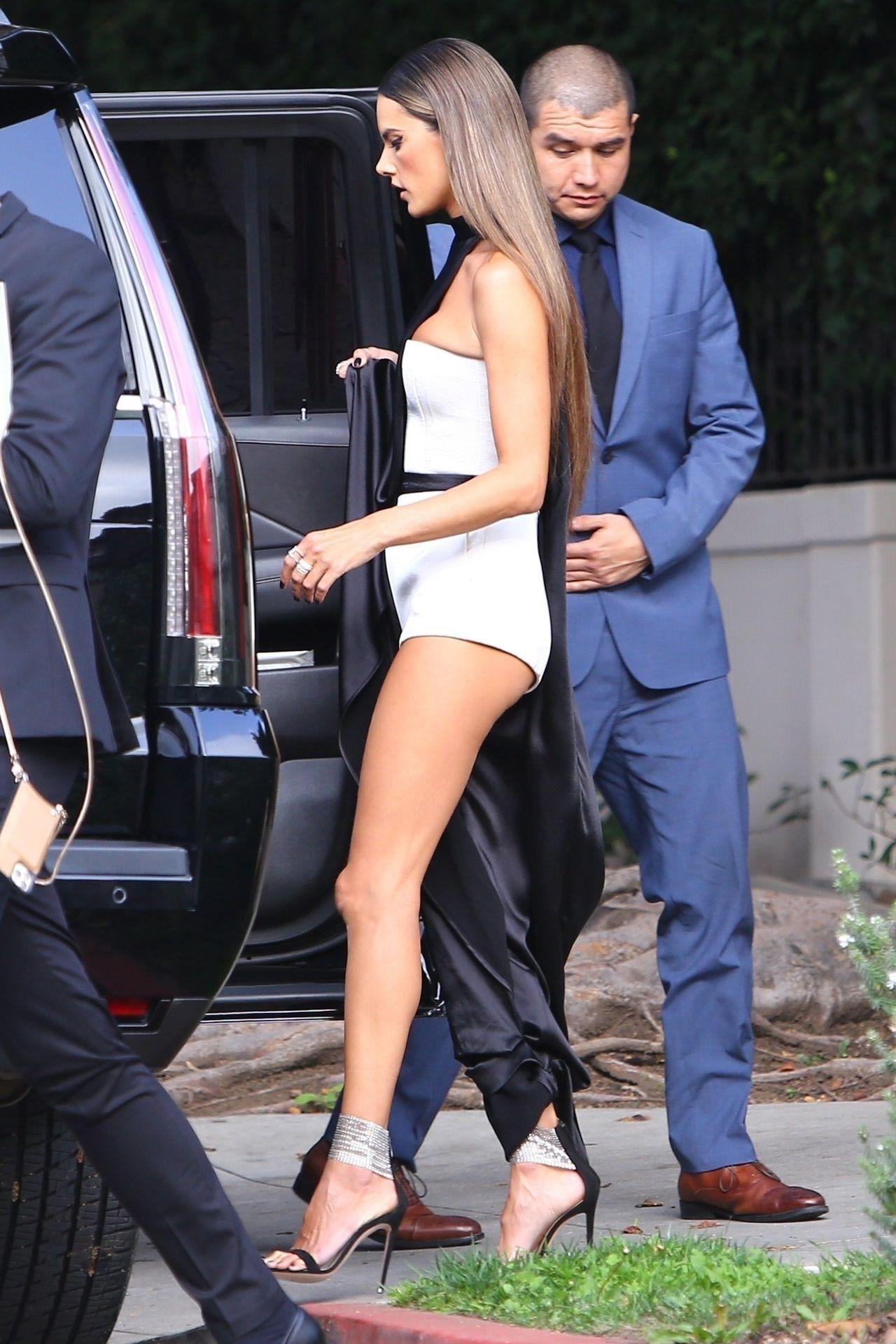 Alessandra Ambrosio Looks Stunning Ahead Of The Grammys 0019