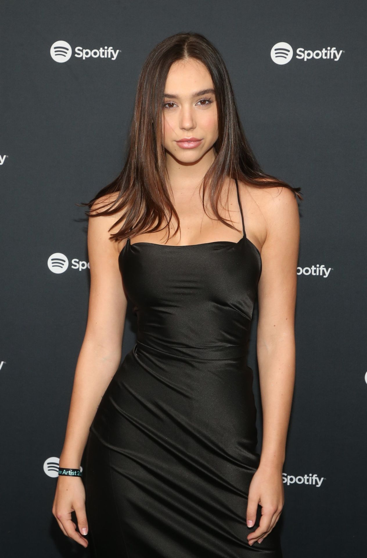 Alexis Ren Shows Off Her Tits At The Spotify Best New Artist Party 0004