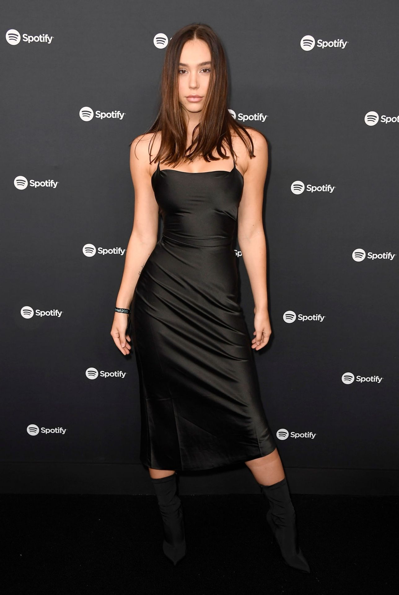 Alexis Ren Shows Off Her Tits At The Spotify Best New Artist Party 0009