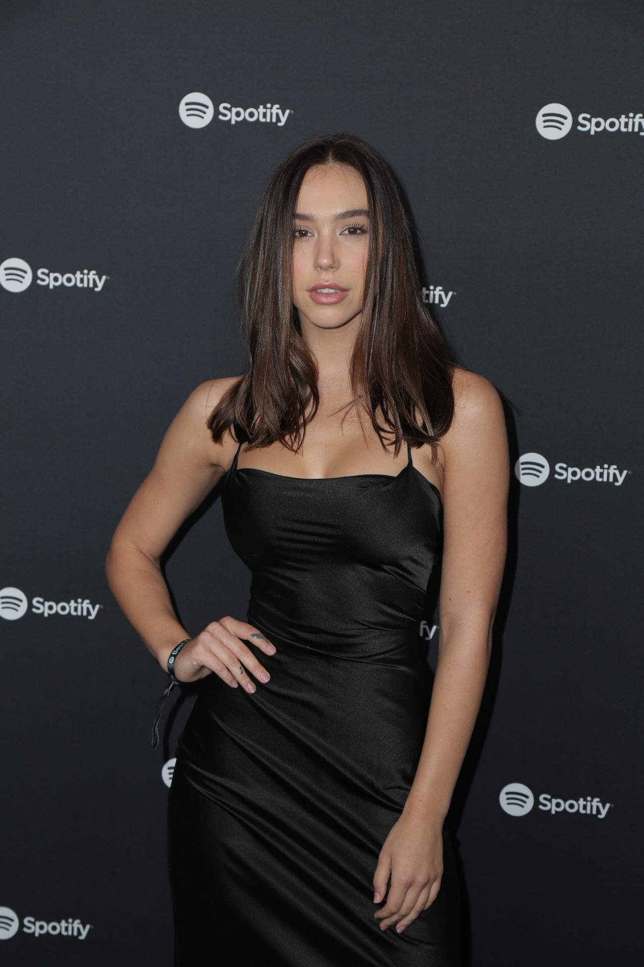 Alexis Ren Shows Off Her Tits At The Spotify Best New Artist Party 0012