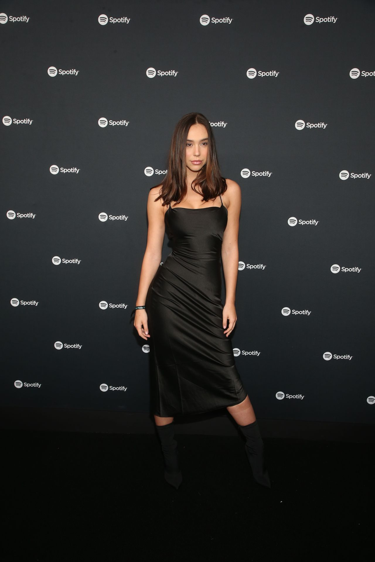 Alexis Ren Shows Off Her Tits At The Spotify Best New Artist Party 0018