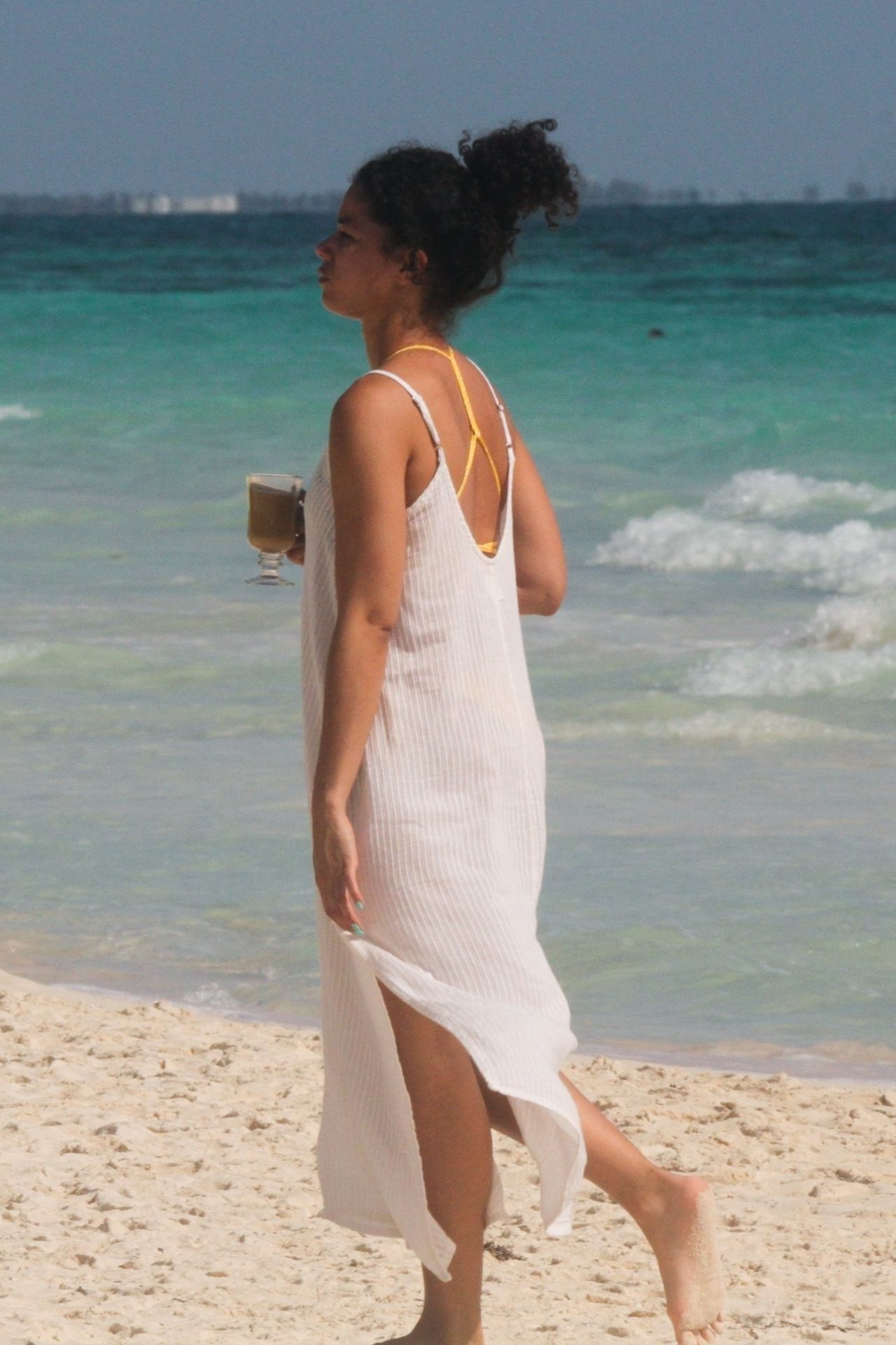 Alisha Wainwright Enjoys A Sun Filled Getaway In Tulum 0081