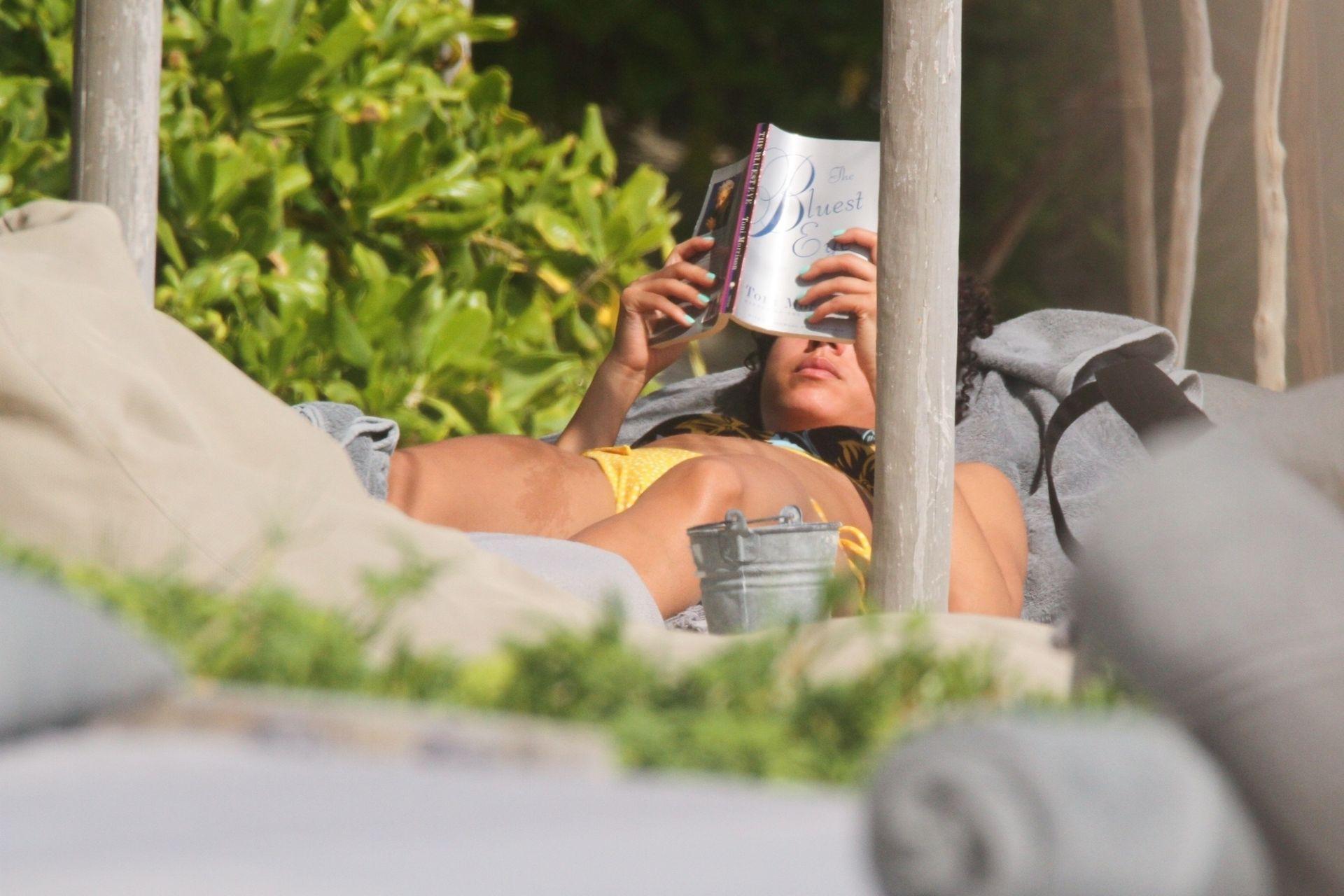 Alisha Wainwright Enjoys A Sun Filled Getaway In Tulum 0082