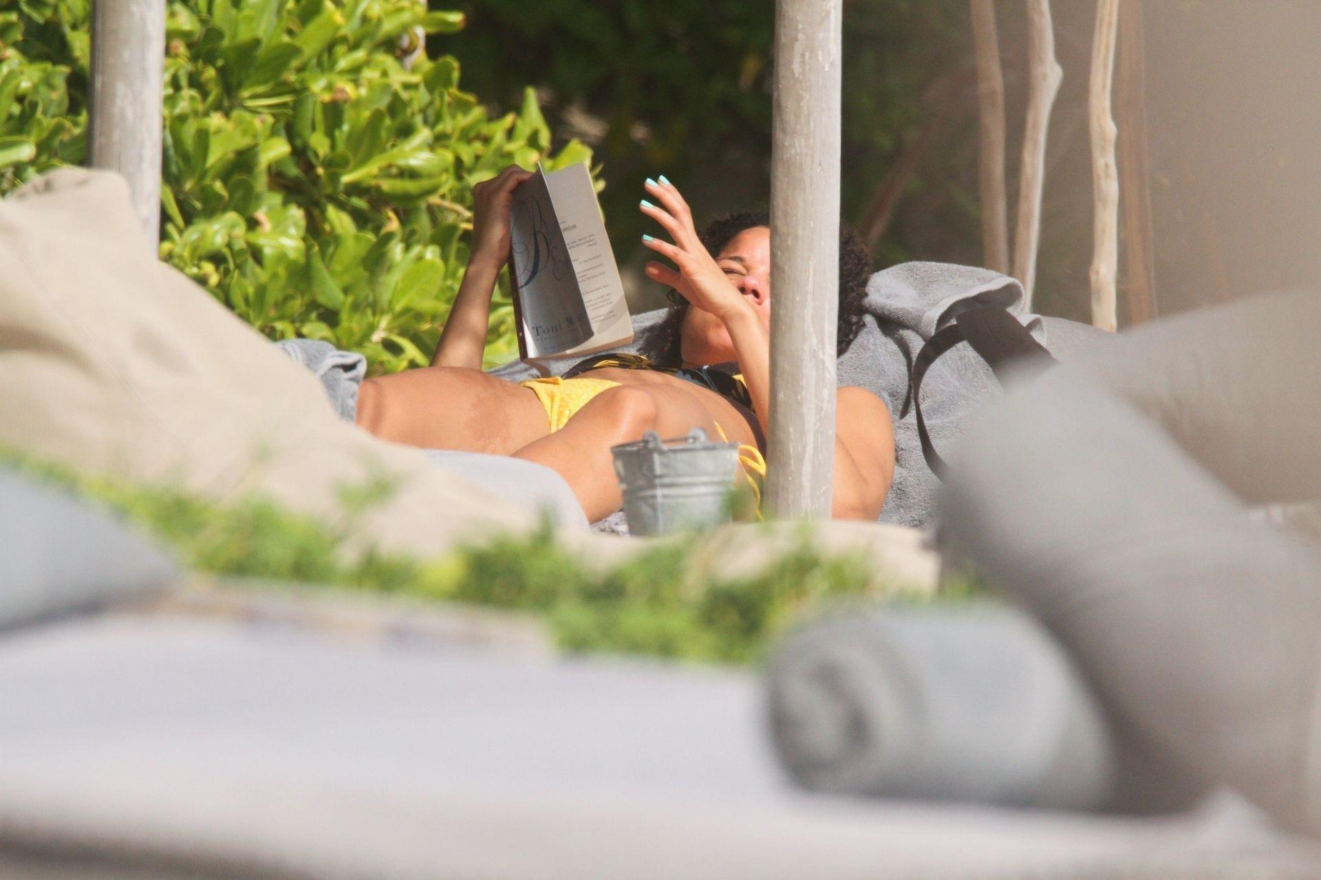 Alisha Wainwright Enjoys A Sun Filled Getaway In Tulum 0088