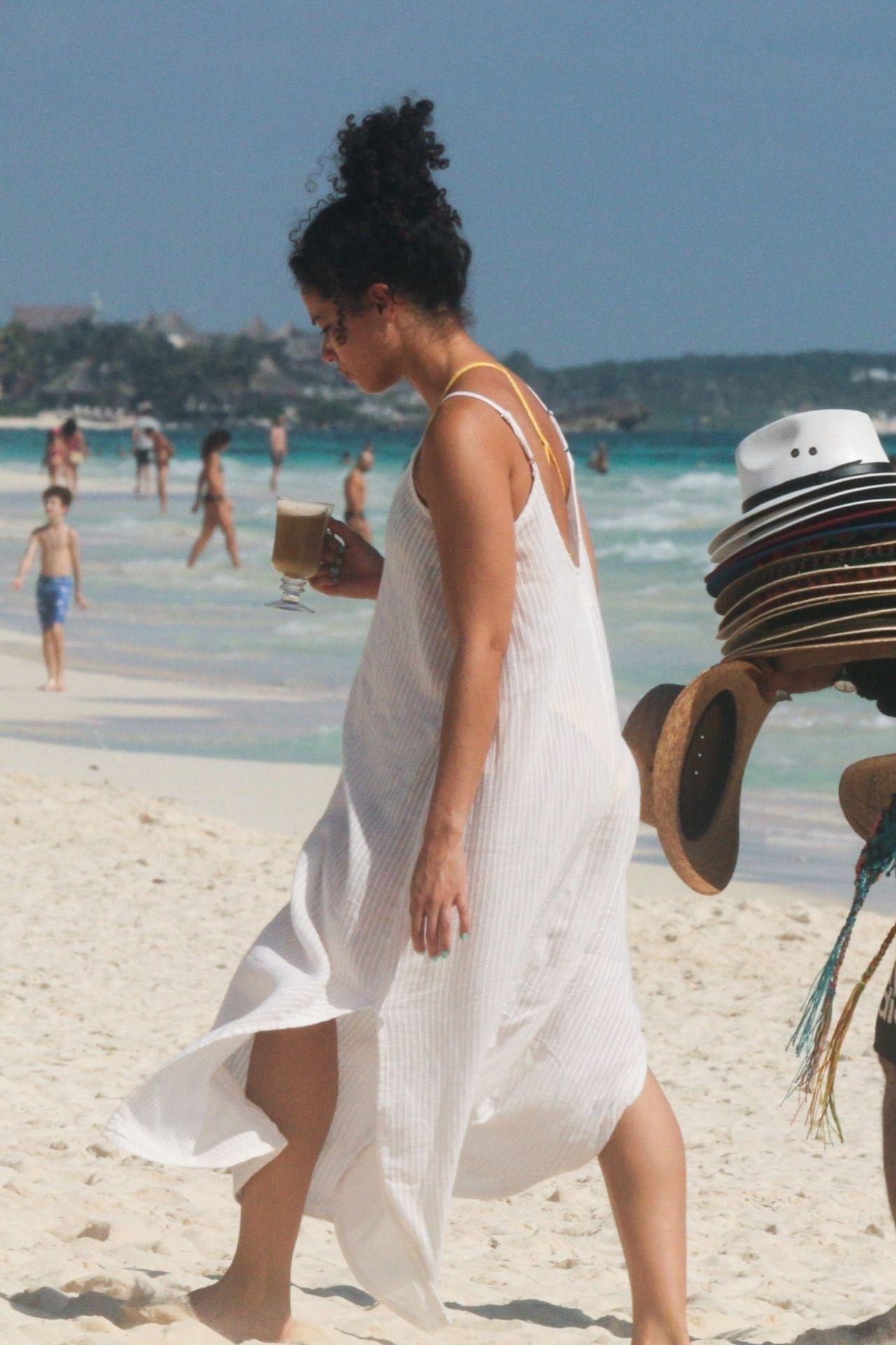 Alisha Wainwright Enjoys A Sun Filled Getaway In Tulum 0095