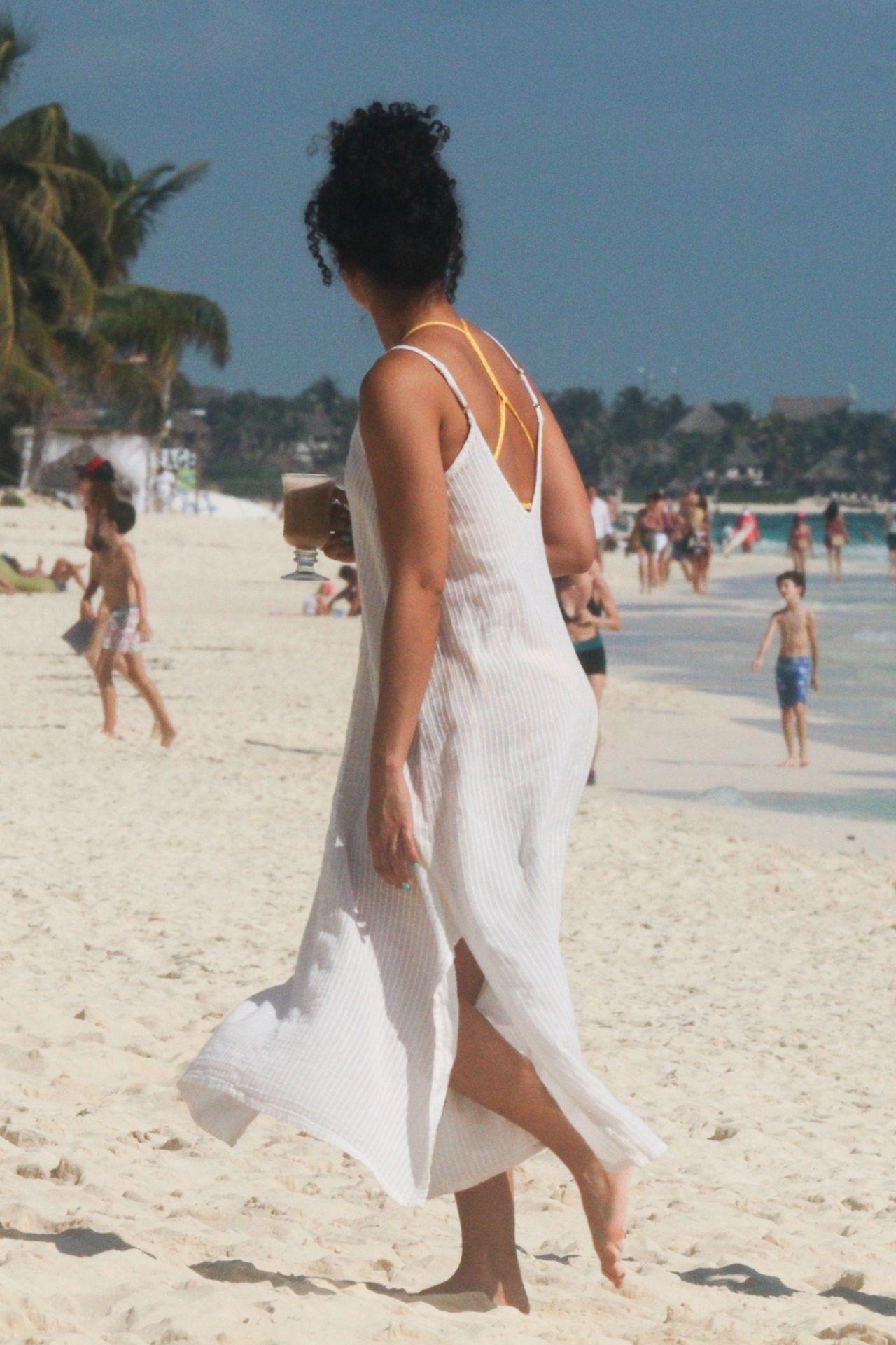 Alisha Wainwright Enjoys A Sun Filled Getaway In Tulum 0098