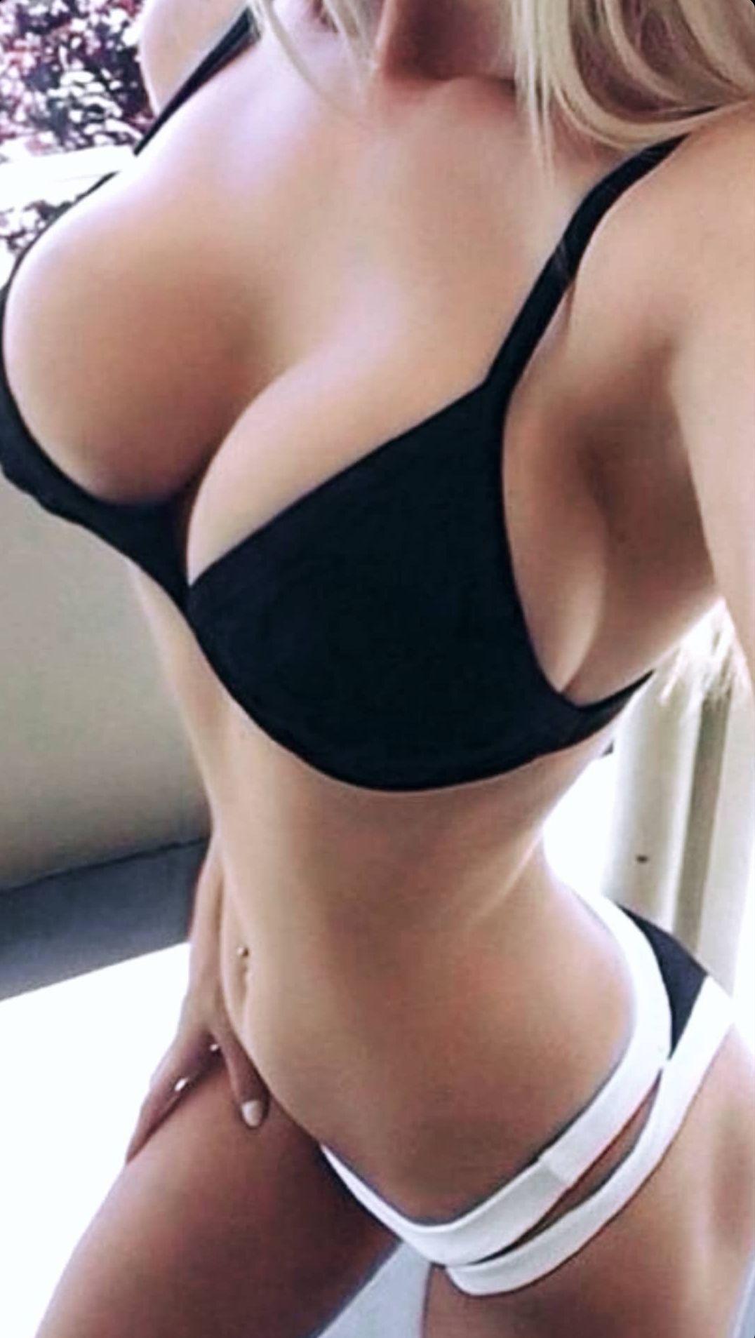 Ava Karabatić Nude & Sexy Leaked 0019