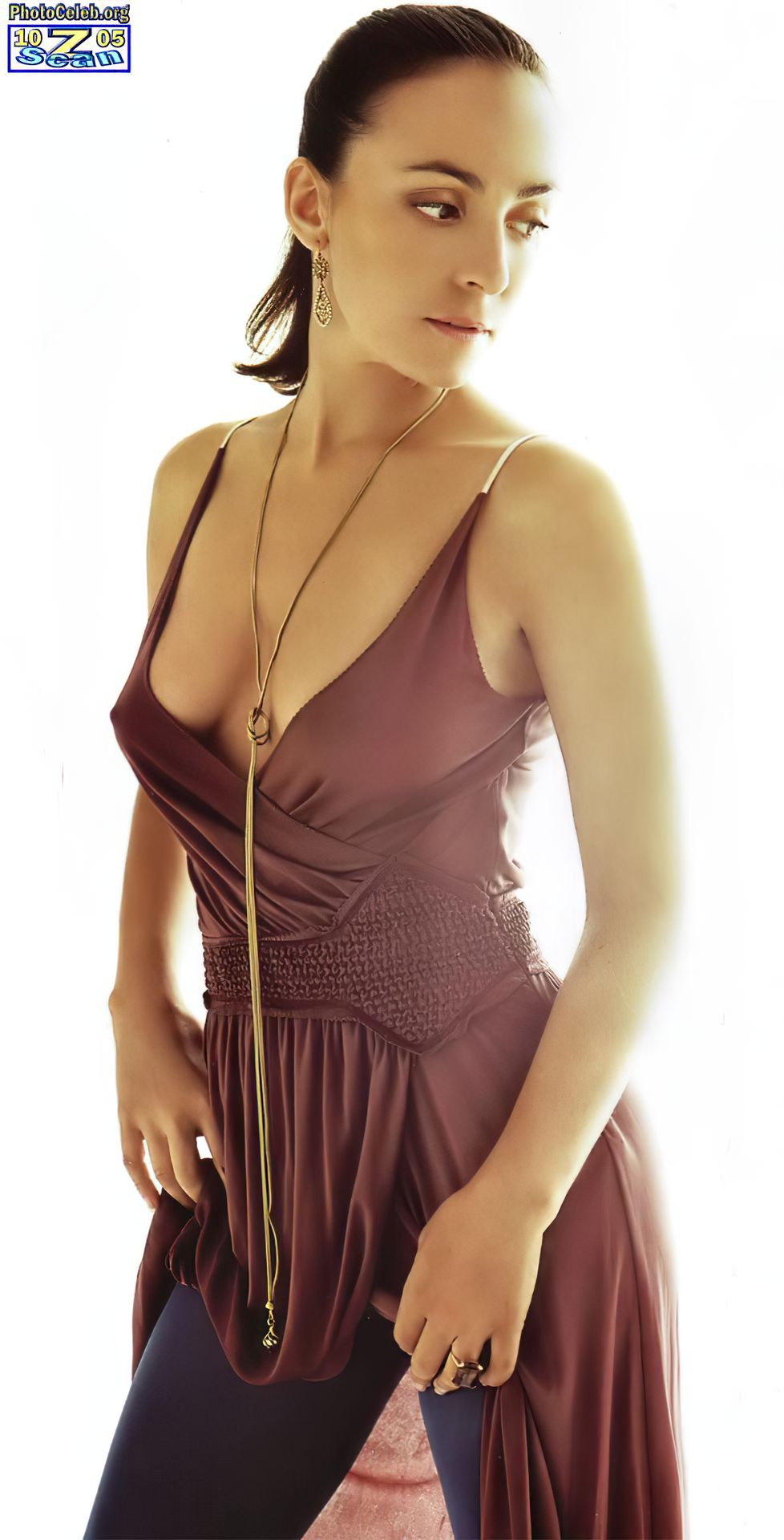 Camila Raznovich Nude & Sexy 0038