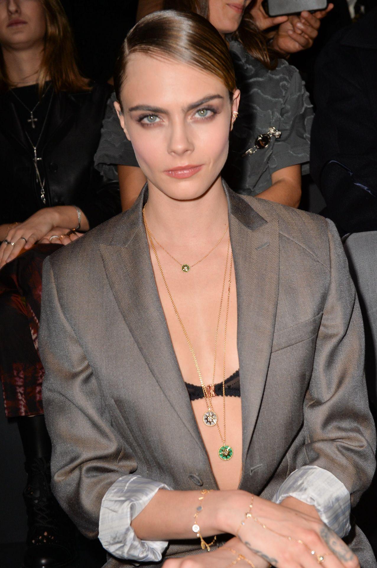Cara Delevingne's Nipple Peek In A Bra 0011