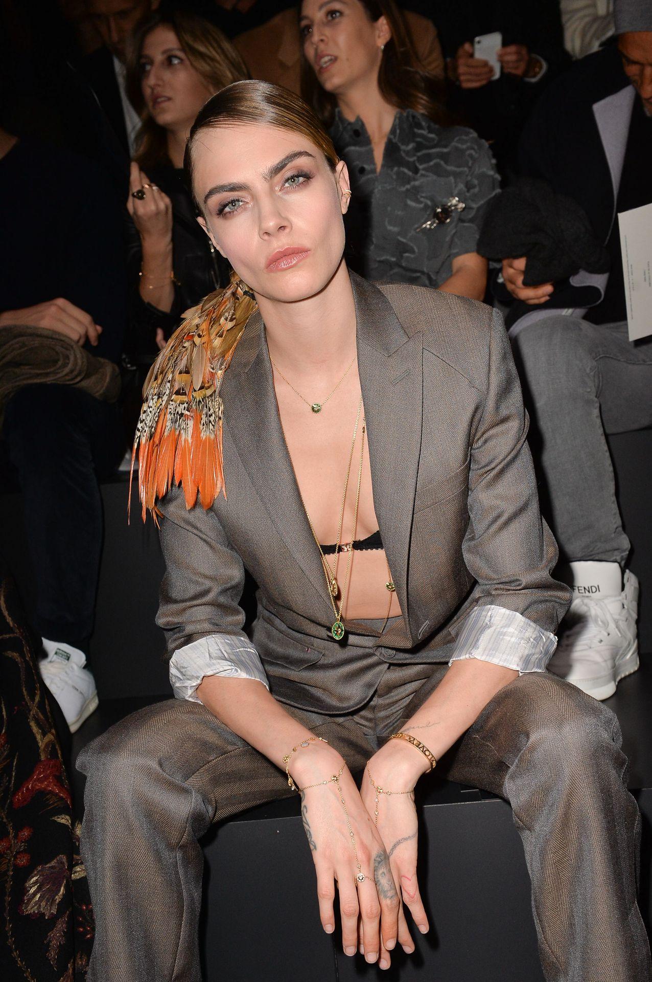 Cara Delevingne's Nipple Peek In A Bra 0012