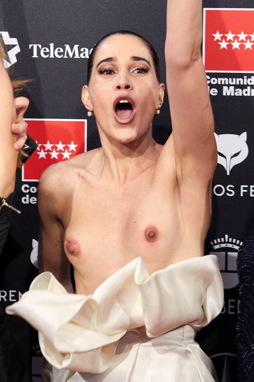 Celia Freijeiro Goes Nude On The Red Carpet 0001