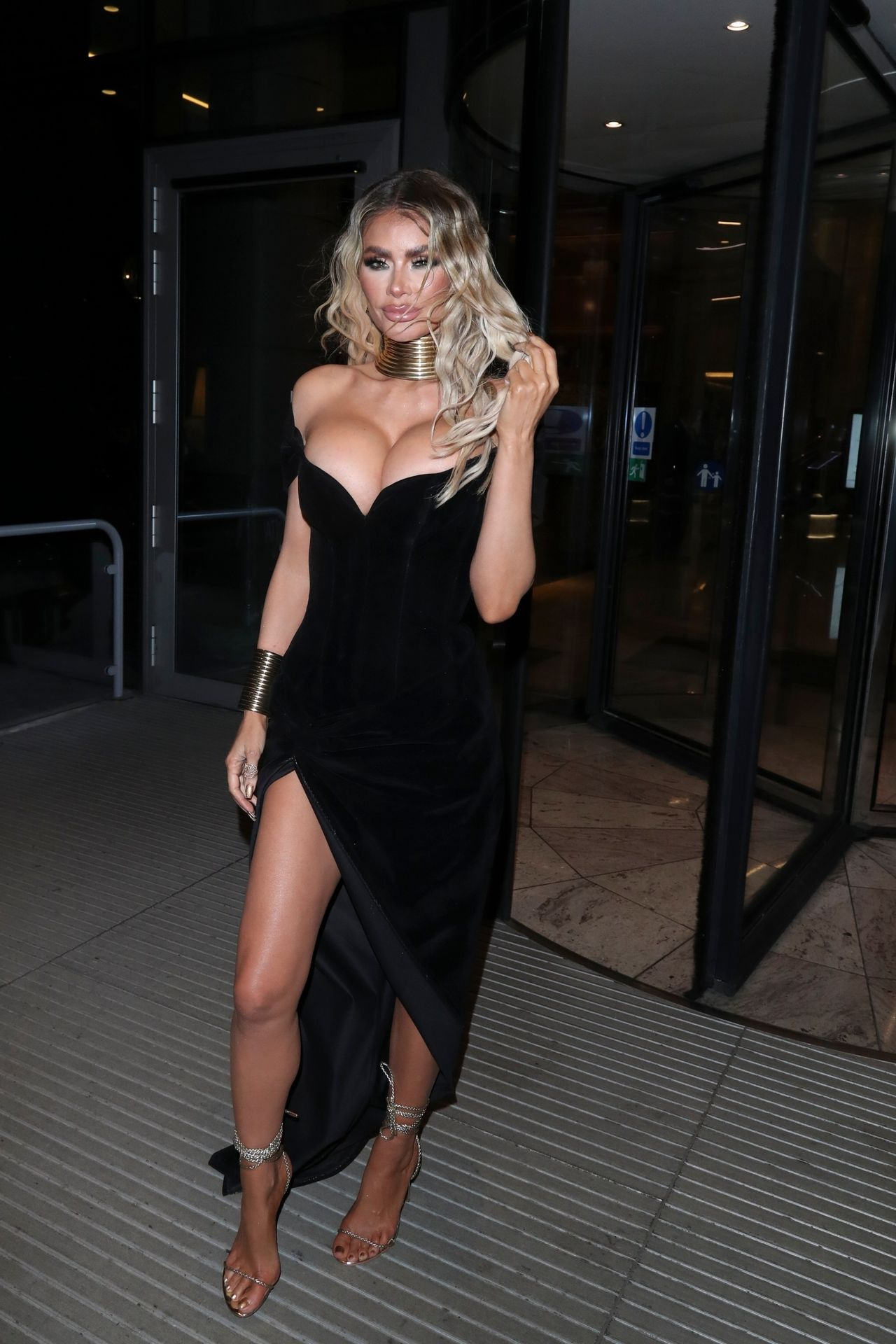 Chloe Sims Shows Off Her Boobs At The Nta Afterparty In London 0003