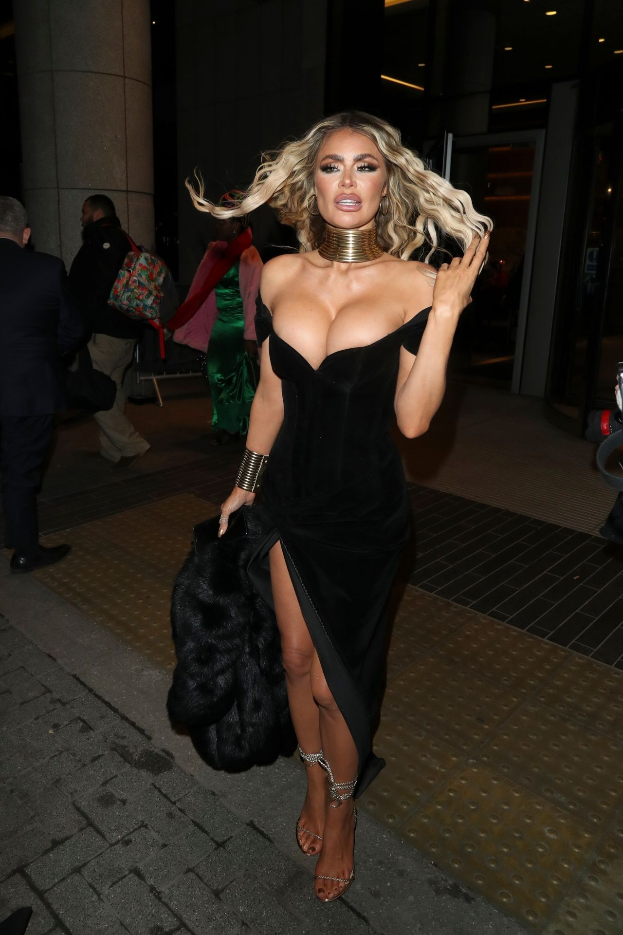 Chloe Sims Shows Off Her Boobs At The Nta Afterparty In London 0007