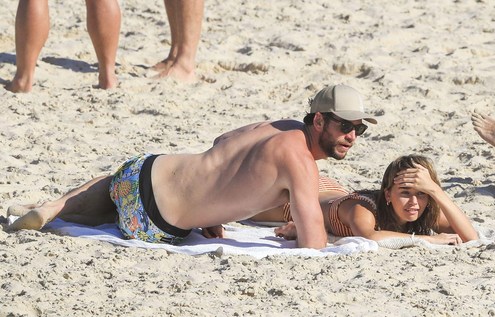 Gabriella Brooks Hot – Liam Hemsworth's New Girlfriend 0002