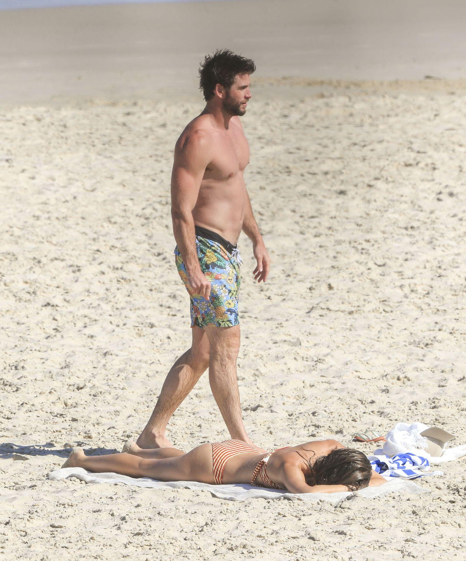 Gabriella Brooks Hot – Liam Hemsworth's New Girlfriend 0032