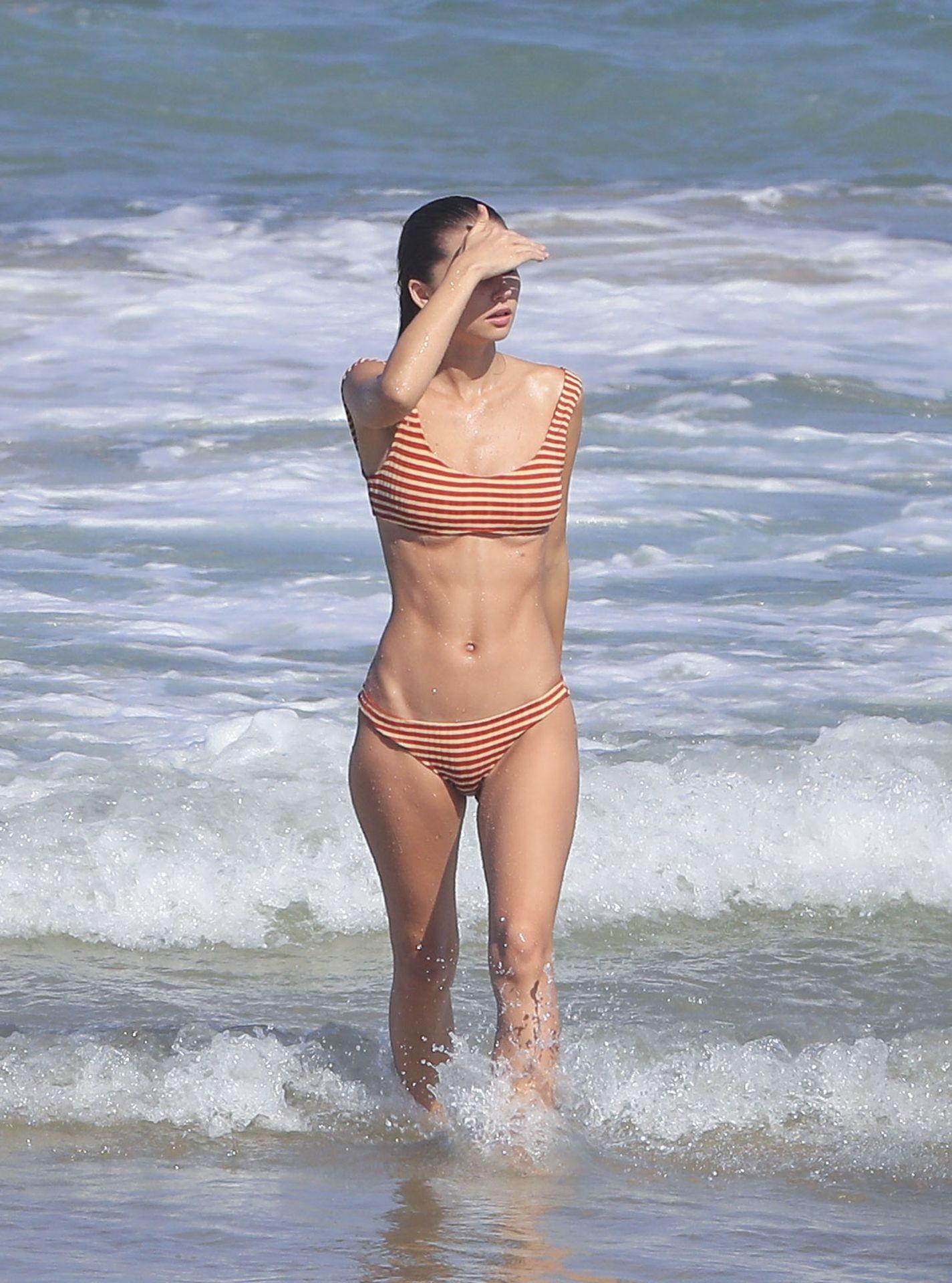 Gabriella Brooks Hot – Liam Hemsworth's New Girlfriend 0039