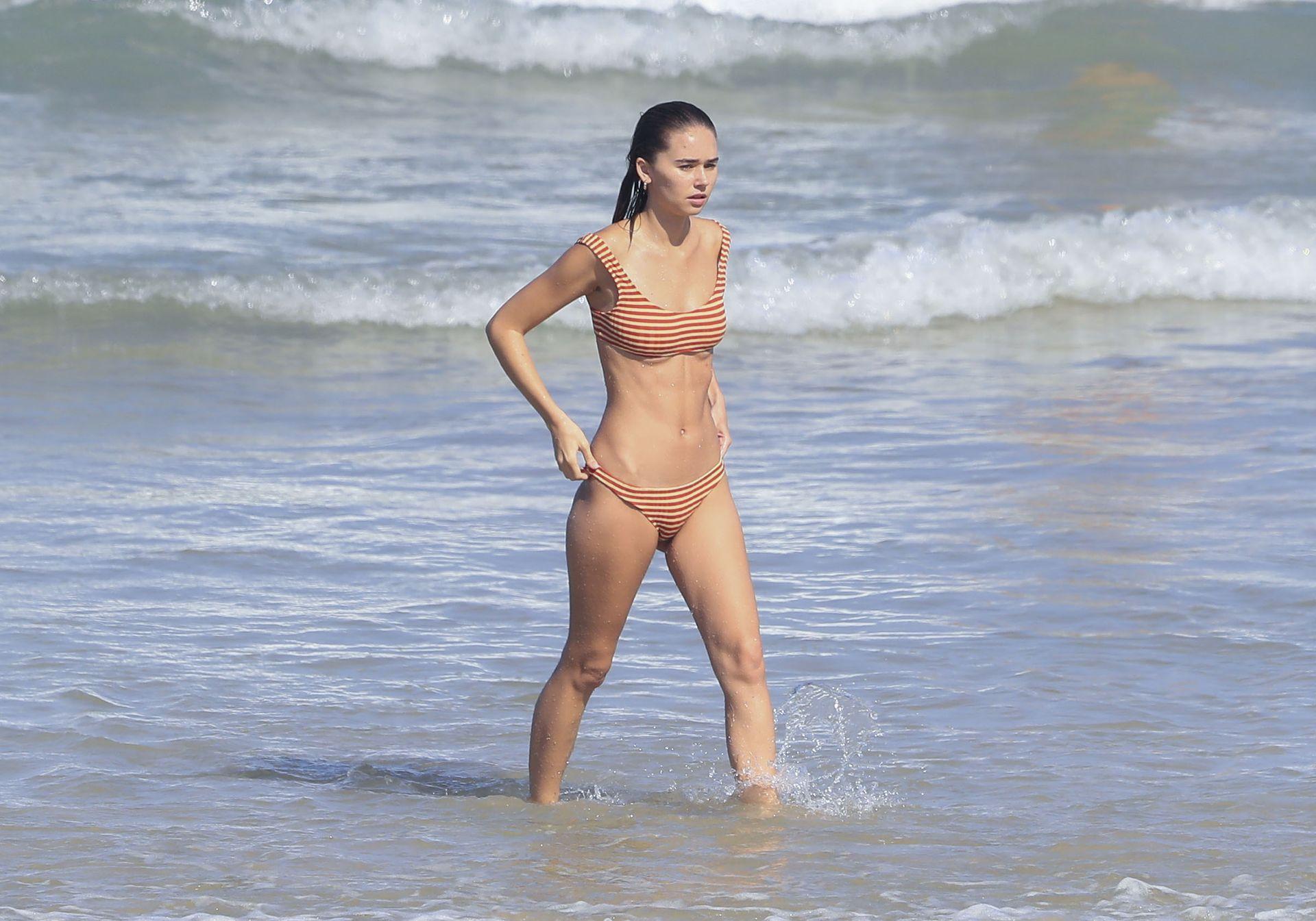 Gabriella Brooks Hot – Liam Hemsworth's New Girlfriend 0041
