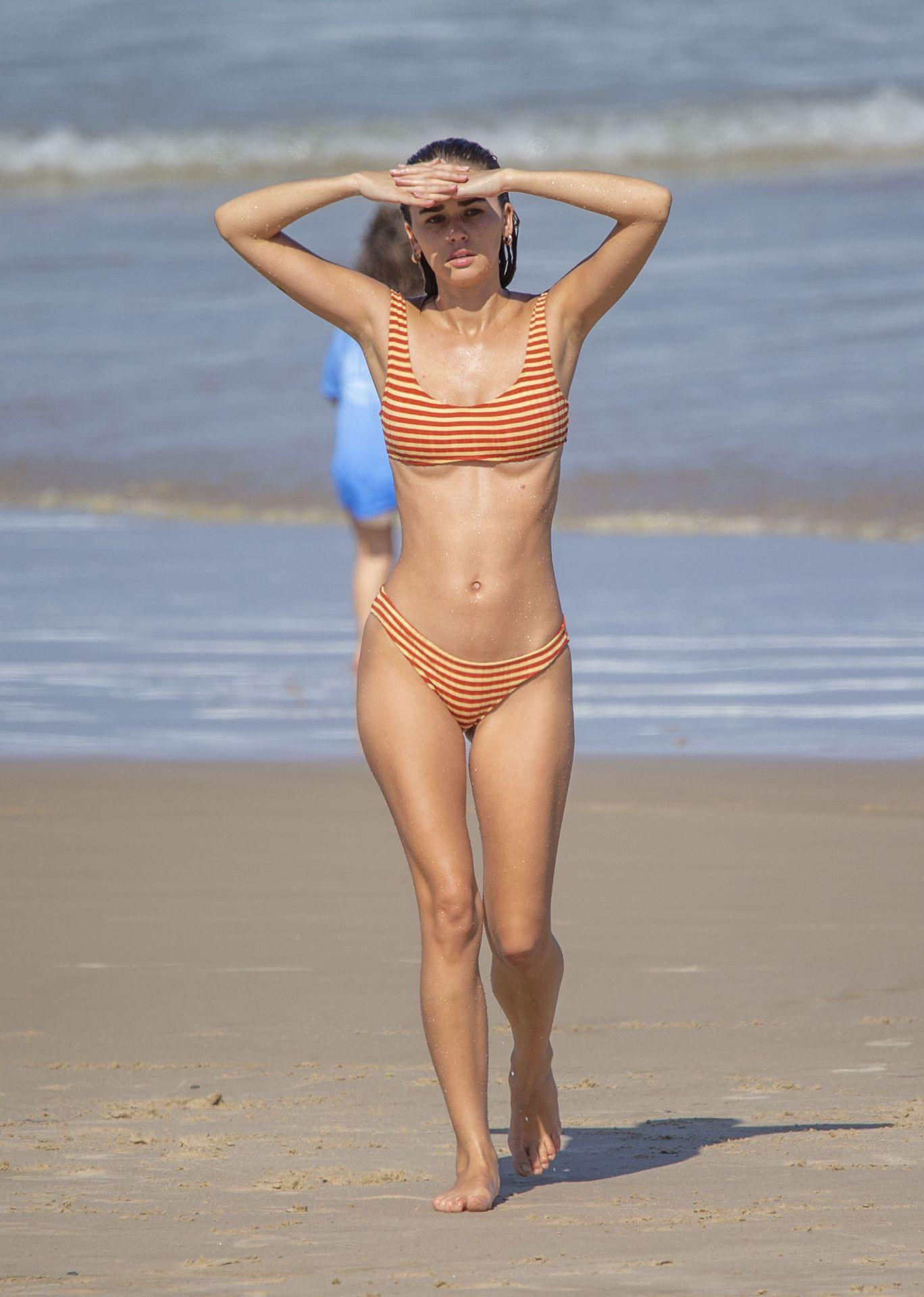 Gabriella Brooks Hot – Liam Hemsworth's New Girlfriend 0045