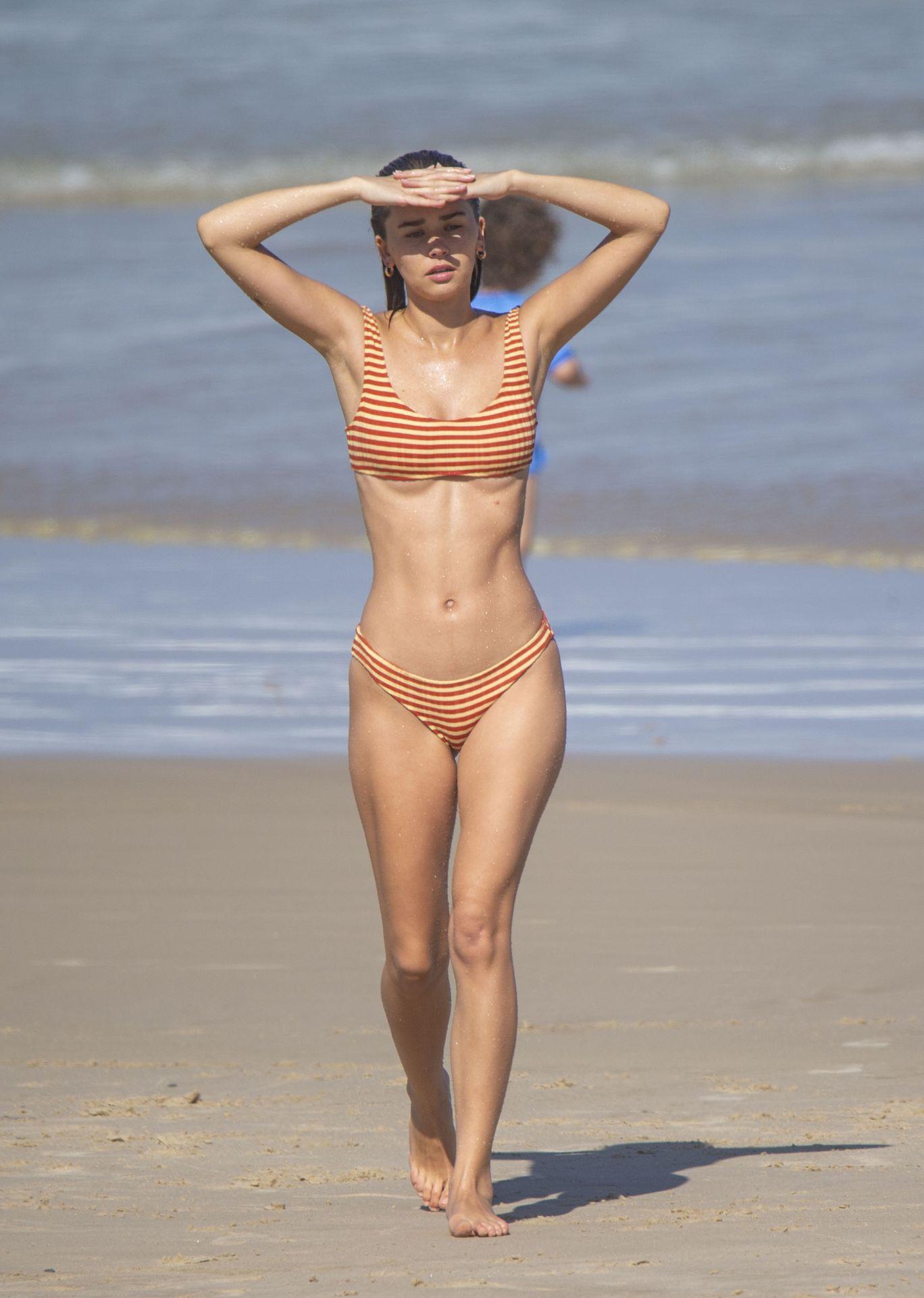 Gabriella Brooks Hot – Liam Hemsworth's New Girlfriend 0046