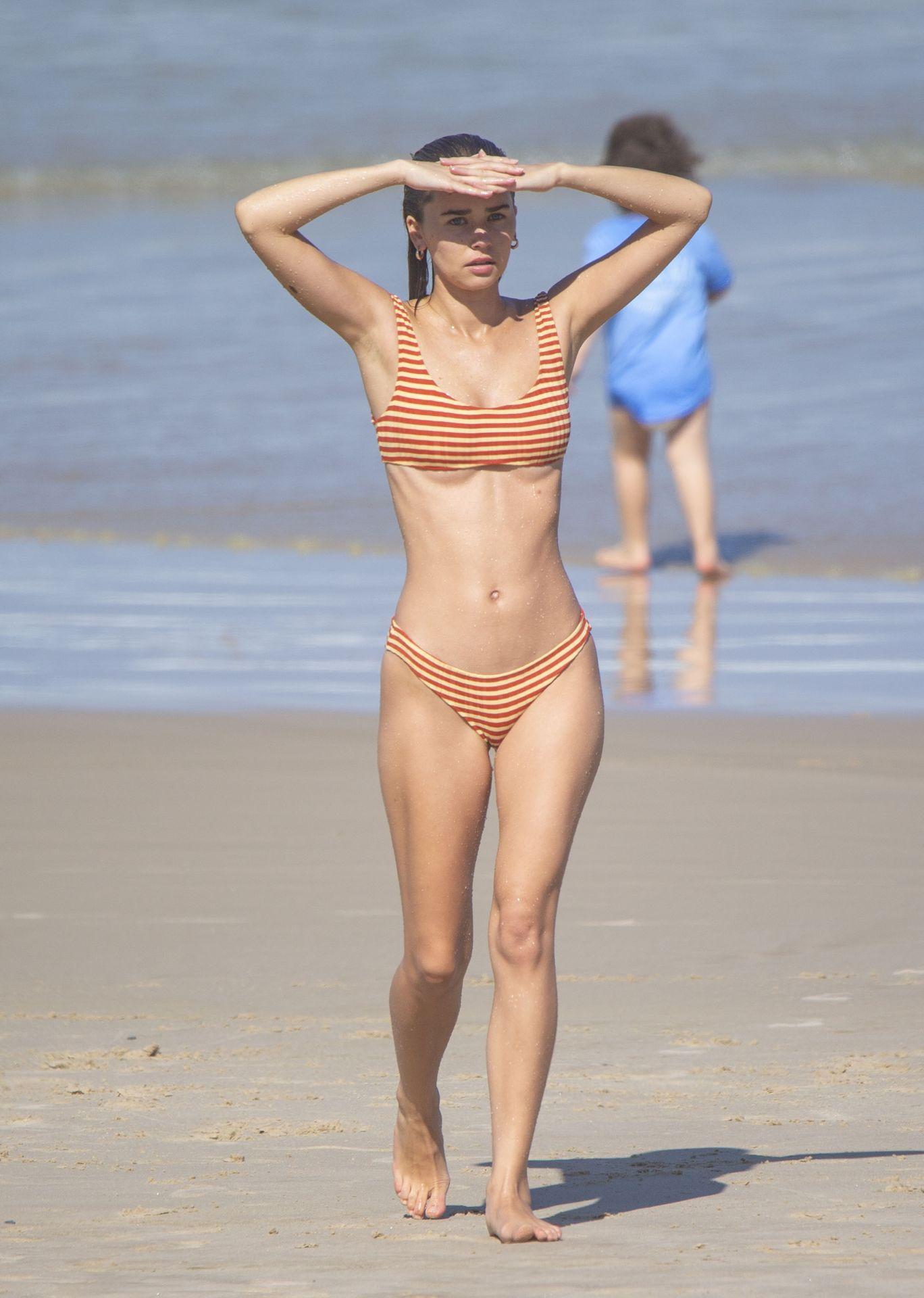 Gabriella Brooks Hot – Liam Hemsworth's New Girlfriend 0048