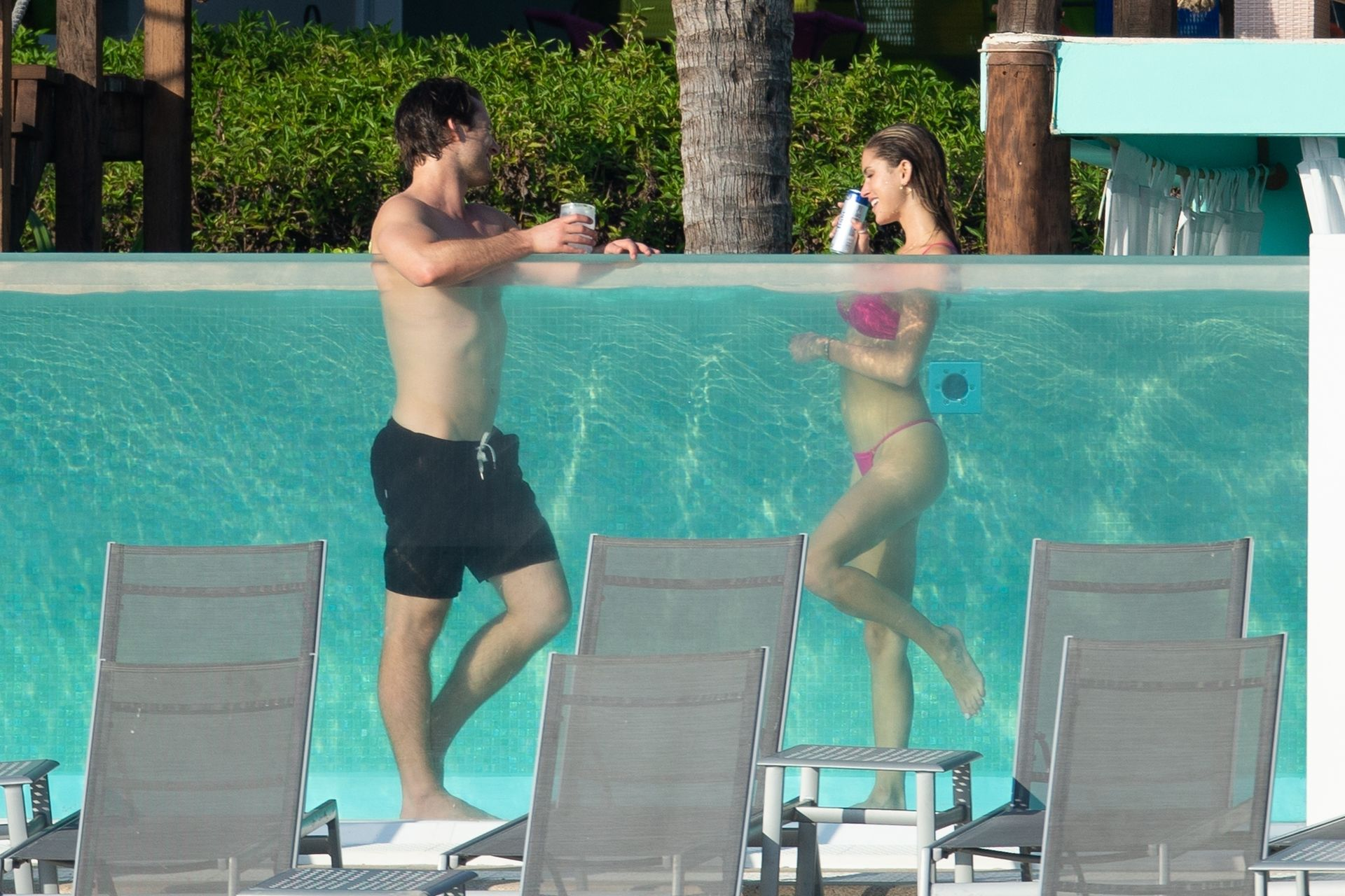 Glen Powell Packs On The Pda With Gigi Paris In Mexico 0008