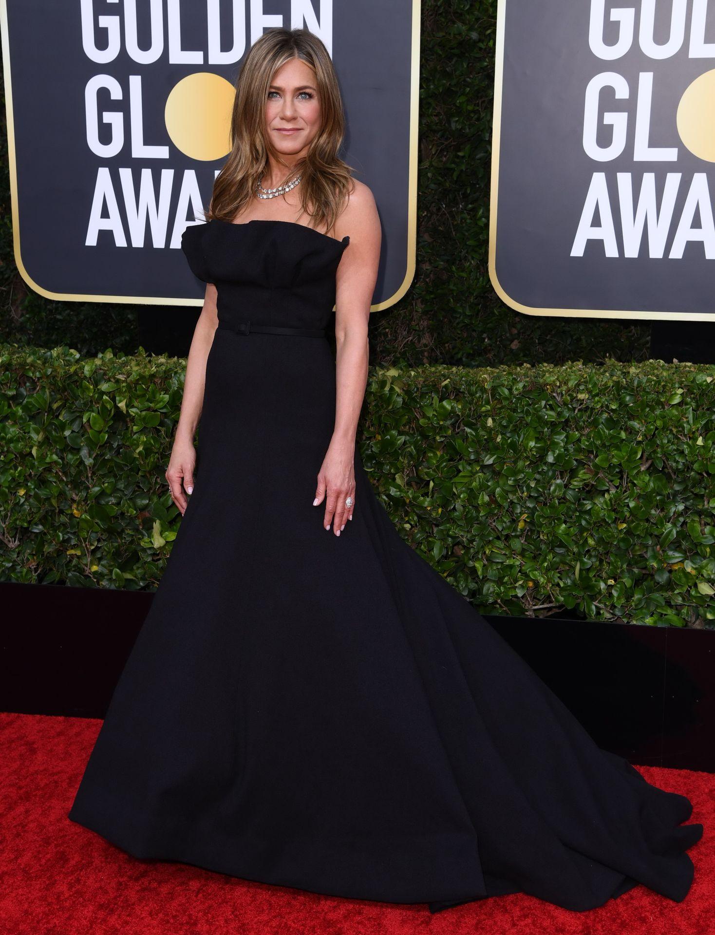 Jennifer Aniston Sexy 0012