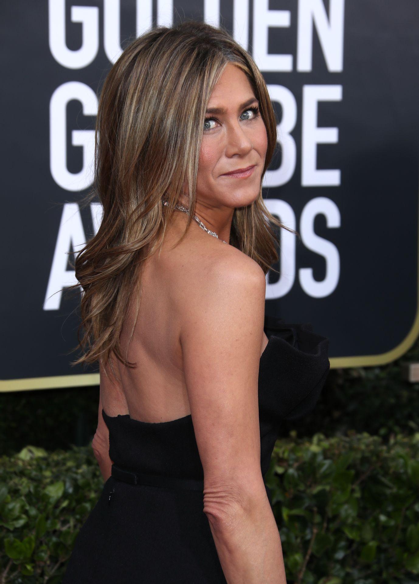 Jennifer Aniston Sexy 0014