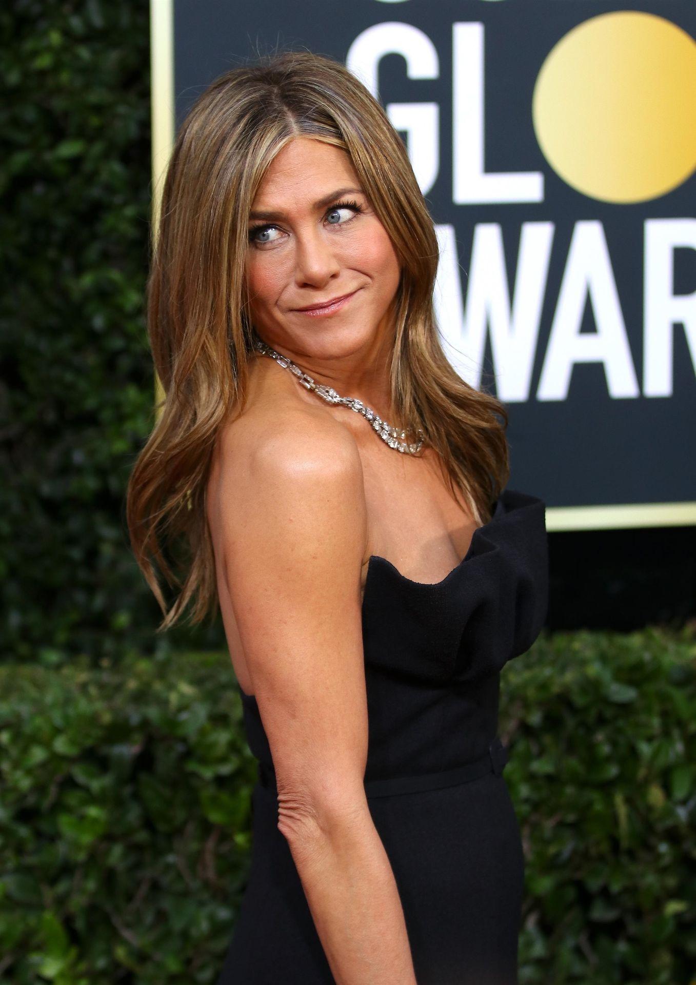 Jennifer Aniston Sexy 0017