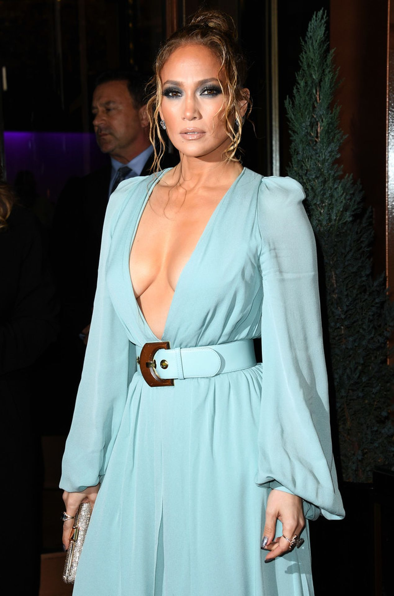 Jennifer Lopez Braless 0017