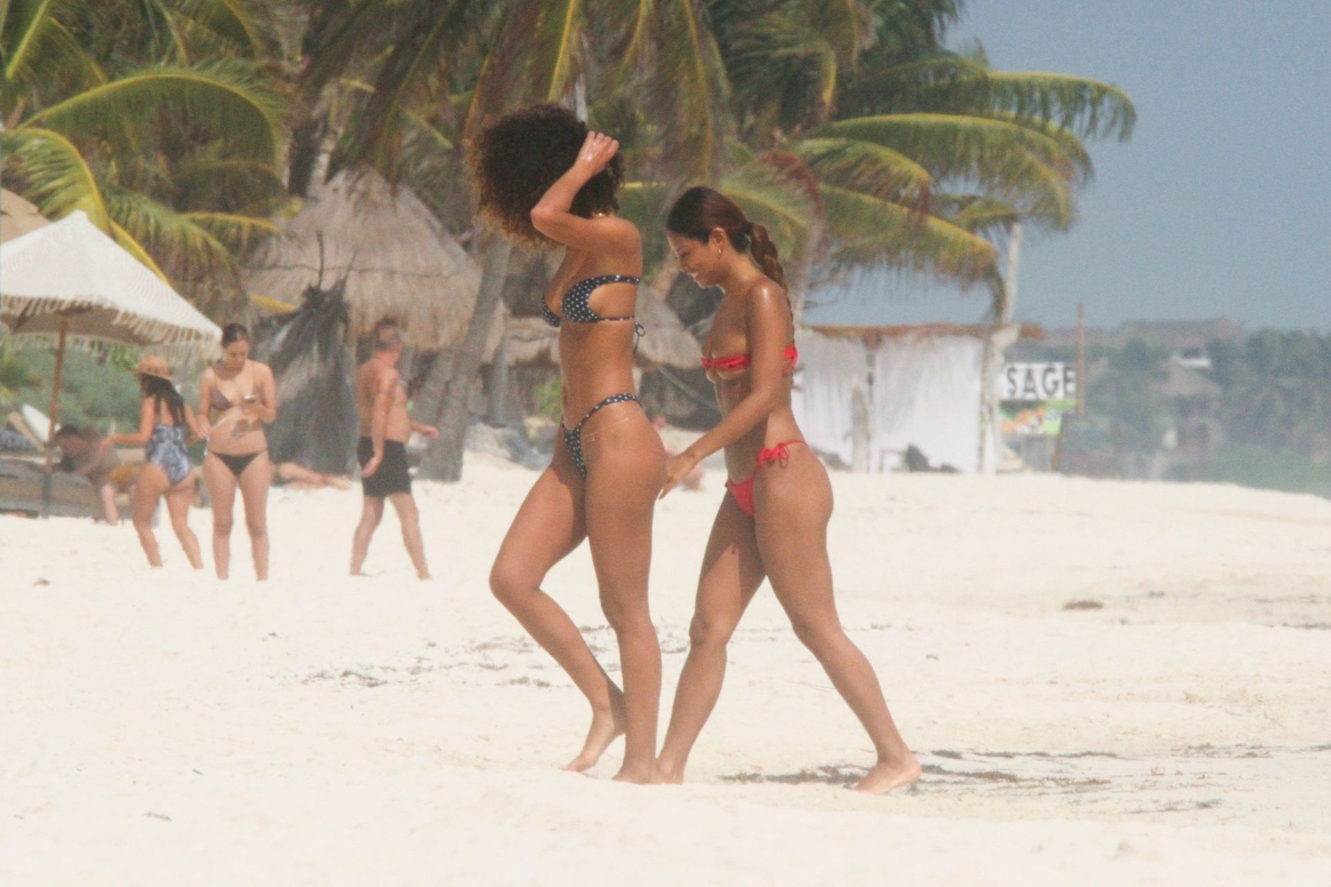 Jessica Aidi Heats Up The Beach And Goes Topless In Tulum 0036