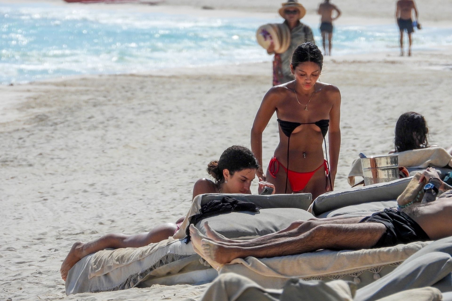 Jessica Aidi Tans In Tulum With Gal Pal Sethanie Taing 0010