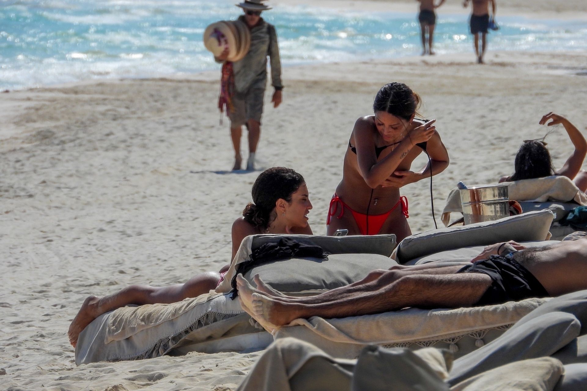 Jessica Aidi Tans In Tulum With Gal Pal Sethanie Taing 0014