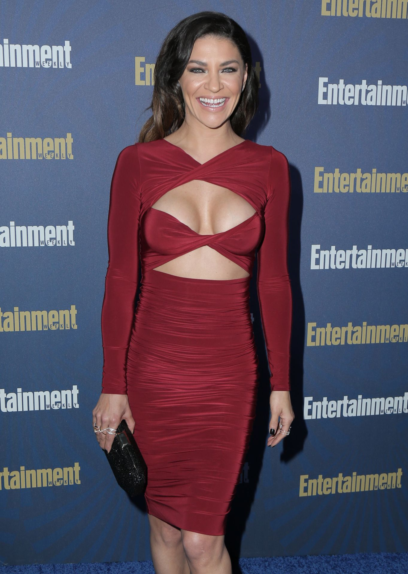 Jessica Szohr Shows Her Cleavage At The Entertainment Weekly Pre Sag Awards Celebration 0018