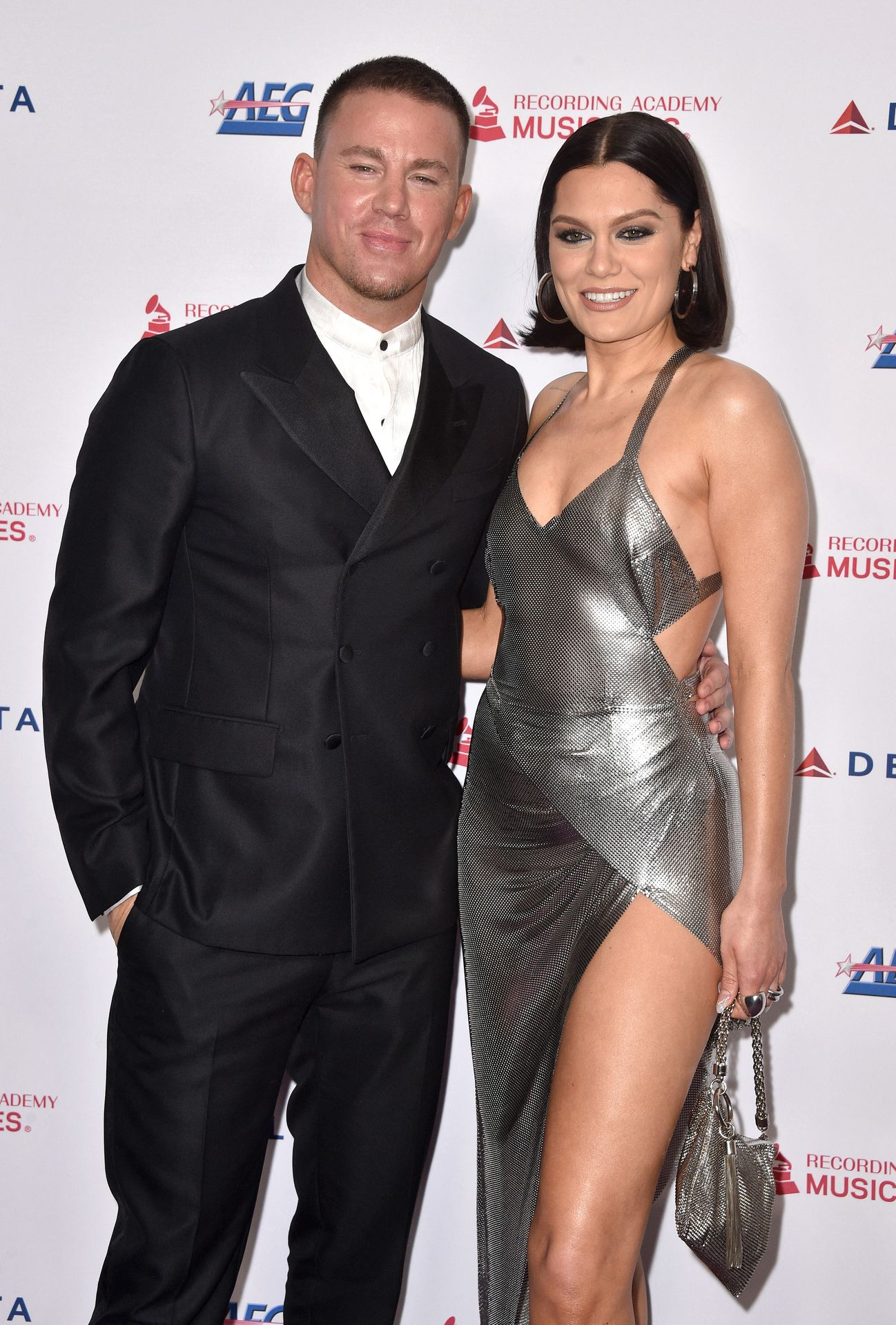 Jessie J Shows Off Her Sexy Legs At The Musicares Person Of The Year Gala 0022