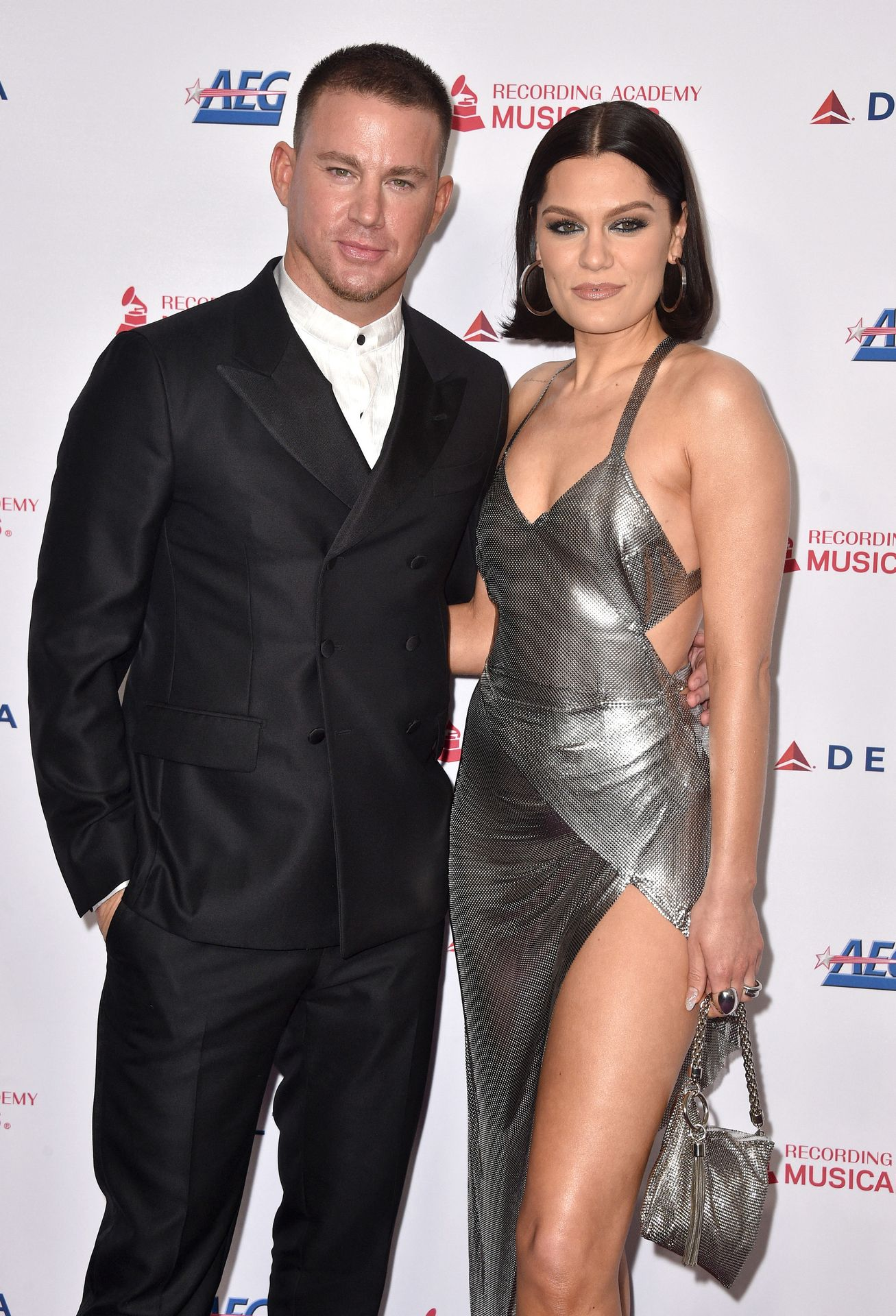 Jessie J Shows Off Her Sexy Legs At The Musicares Person Of The Year Gala 0023