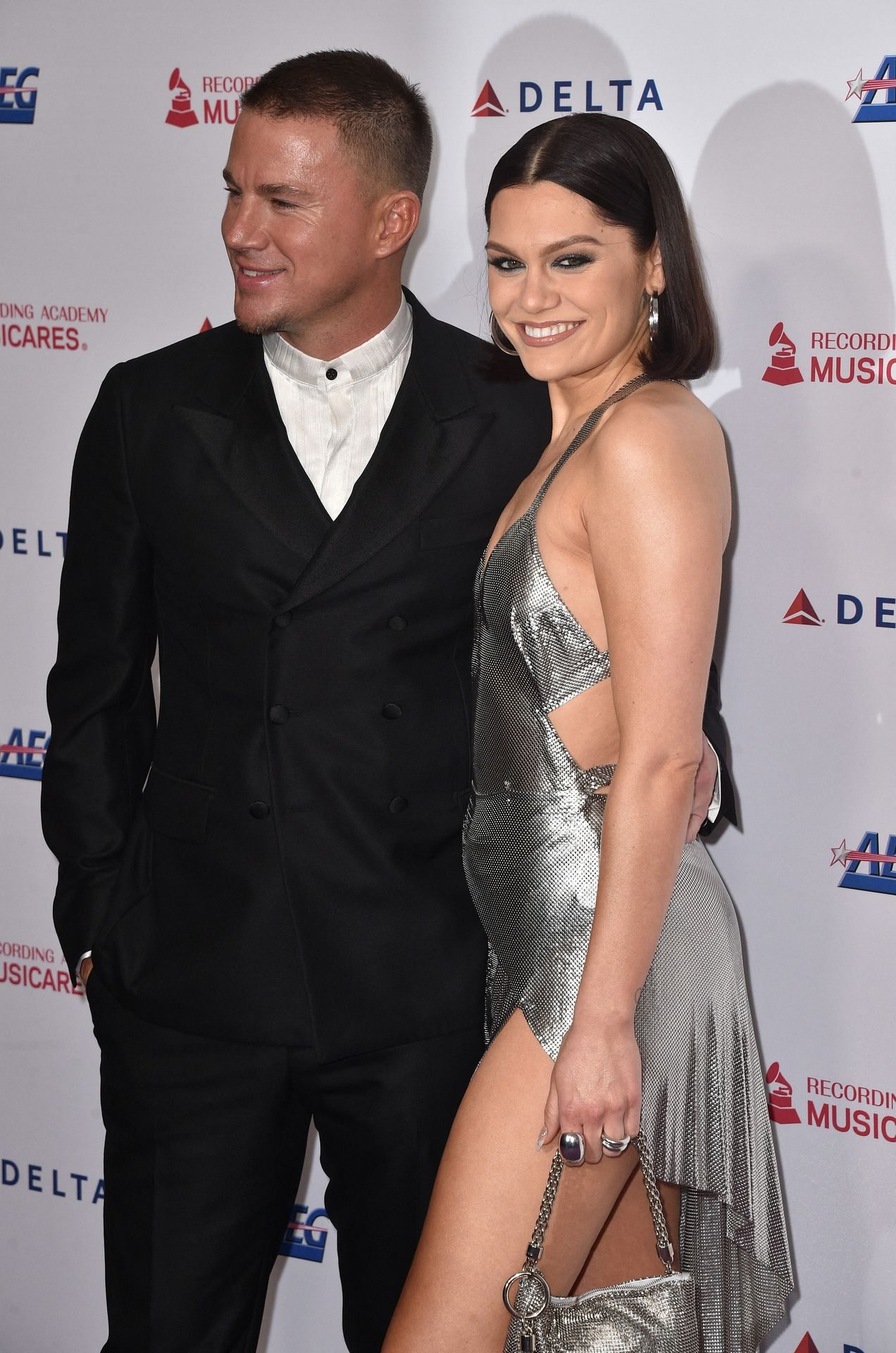 Jessie J Shows Off Her Sexy Legs At The Musicares Person Of The Year Gala 0024