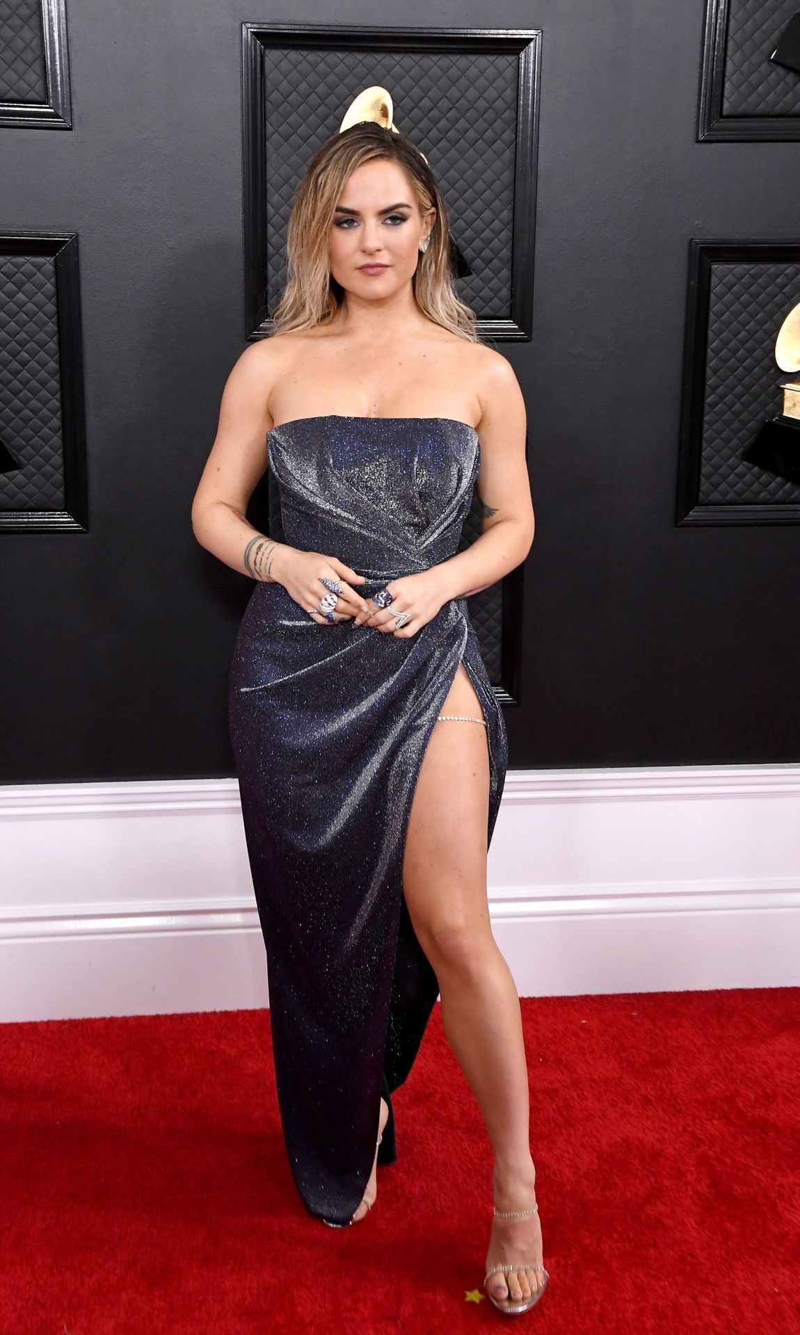 Jojo Shows Her Legs And Cleavage At The 62nd Annual Grammy Awards 0034