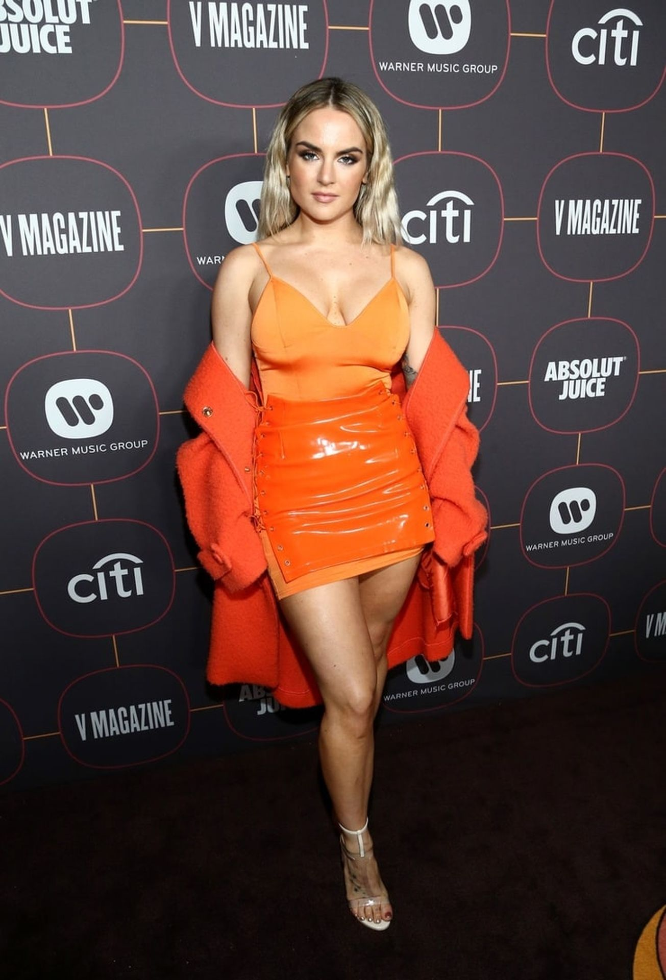 Jojo Shows Off Her Tits At The Warner Music Group Pre Grammy Party In Hollywood 0001