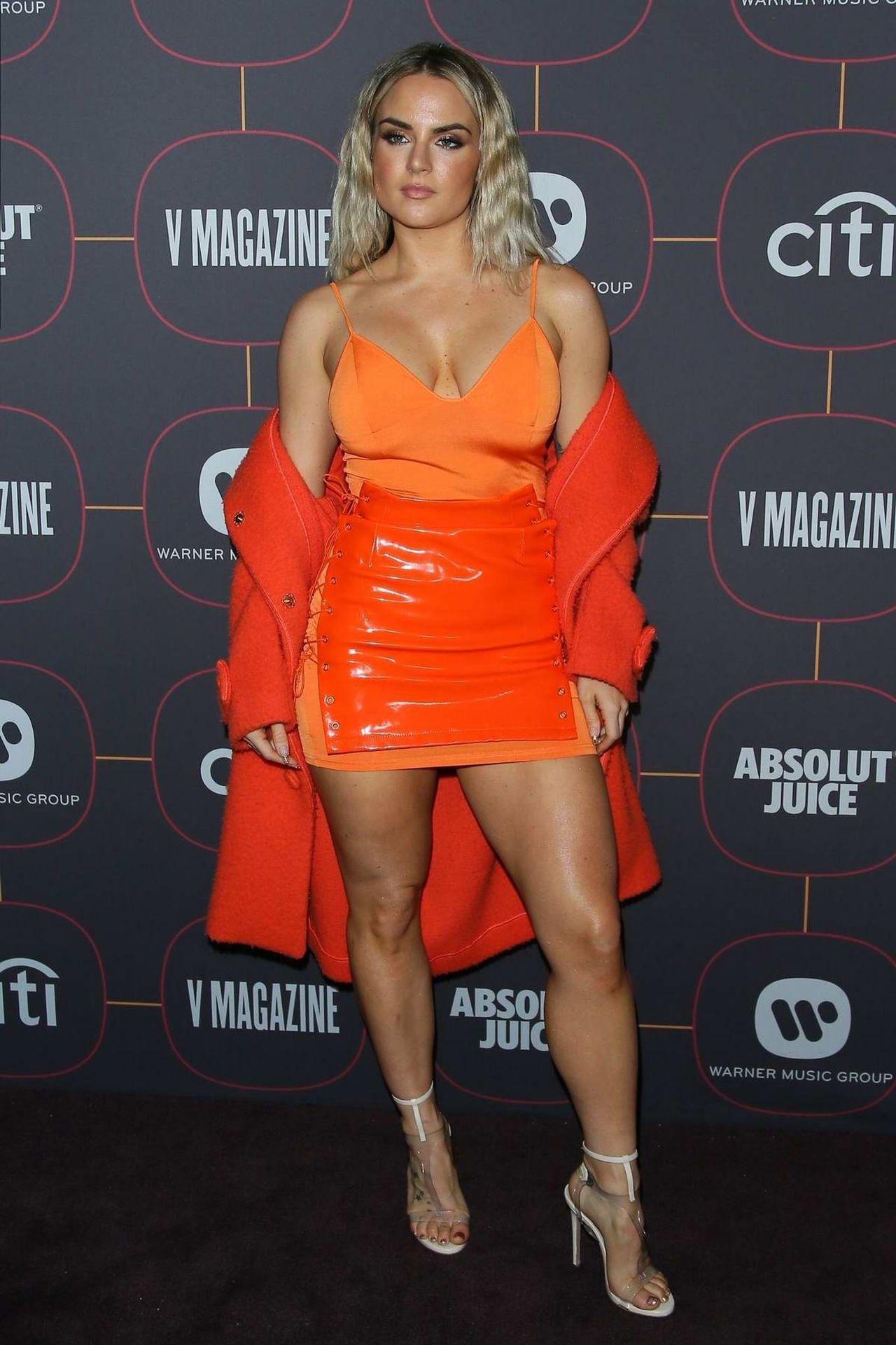 Jojo Shows Off Her Tits At The Warner Music Group Pre Grammy Party In Hollywood 0002