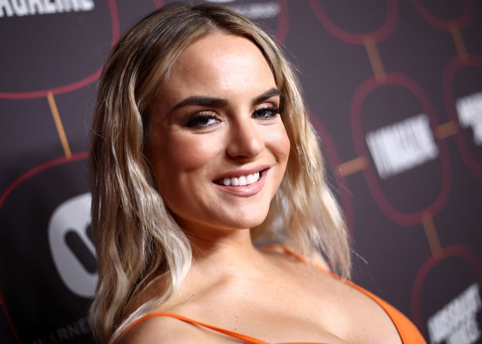 Jojo Shows Off Her Tits At The Warner Music Group Pre Grammy Party In Hollywood 0005