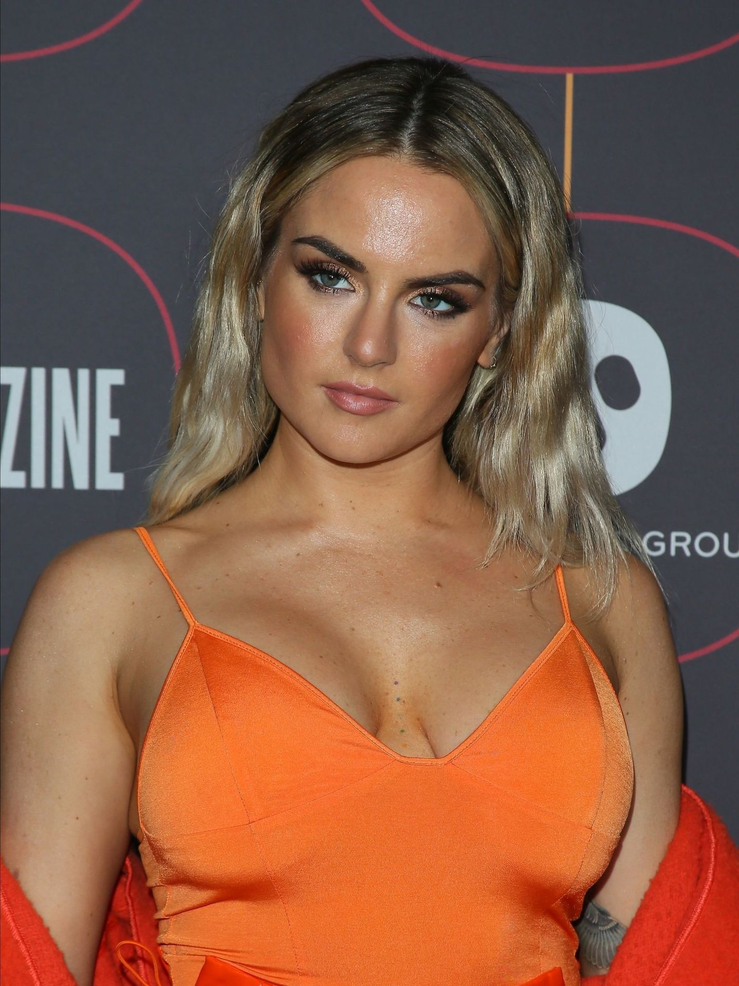 Jojo Shows Off Her Tits At The Warner Music Group Pre Grammy Party In Hollywood 0007
