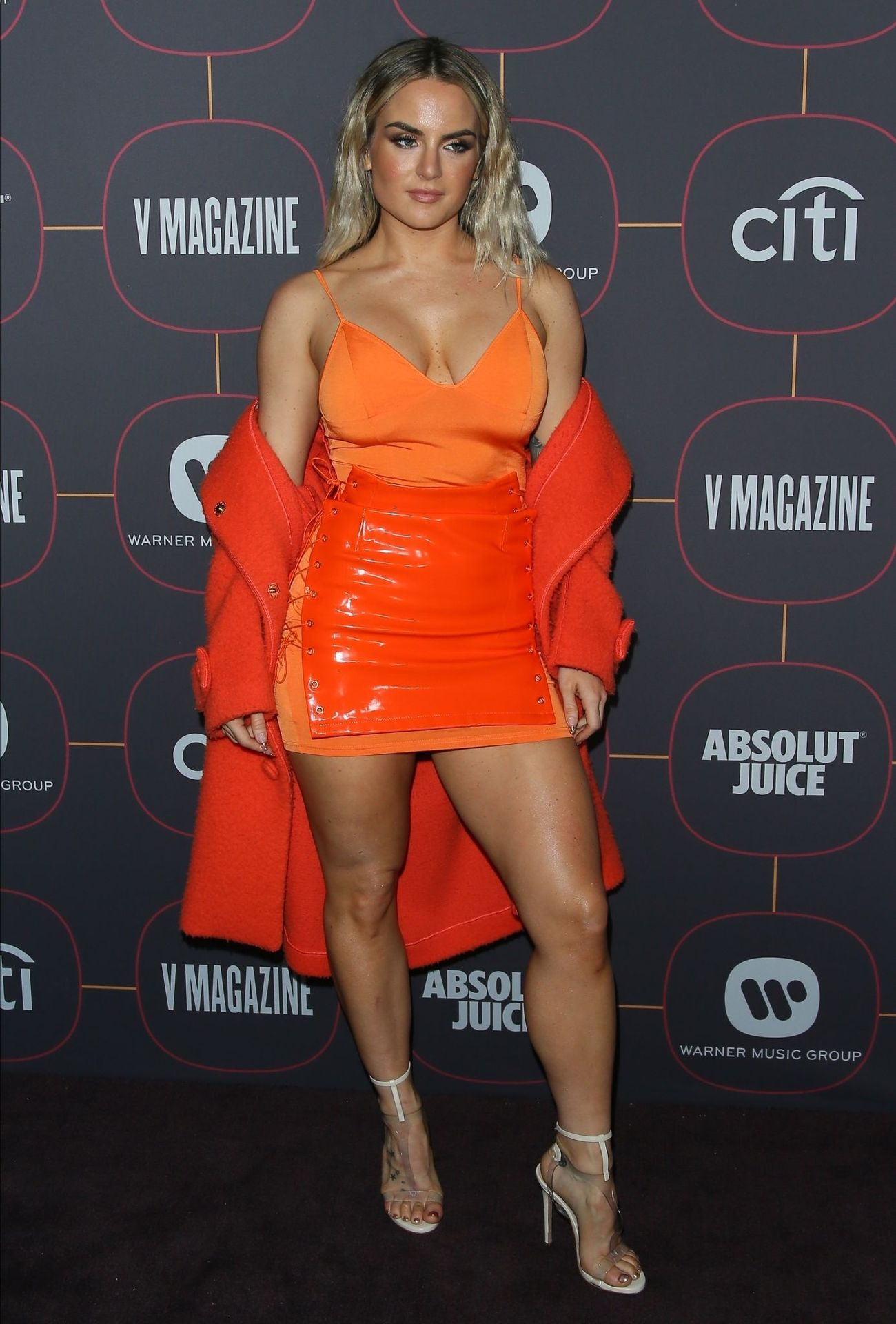 Jojo Shows Off Her Tits At The Warner Music Group Pre Grammy Party In Hollywood 0008