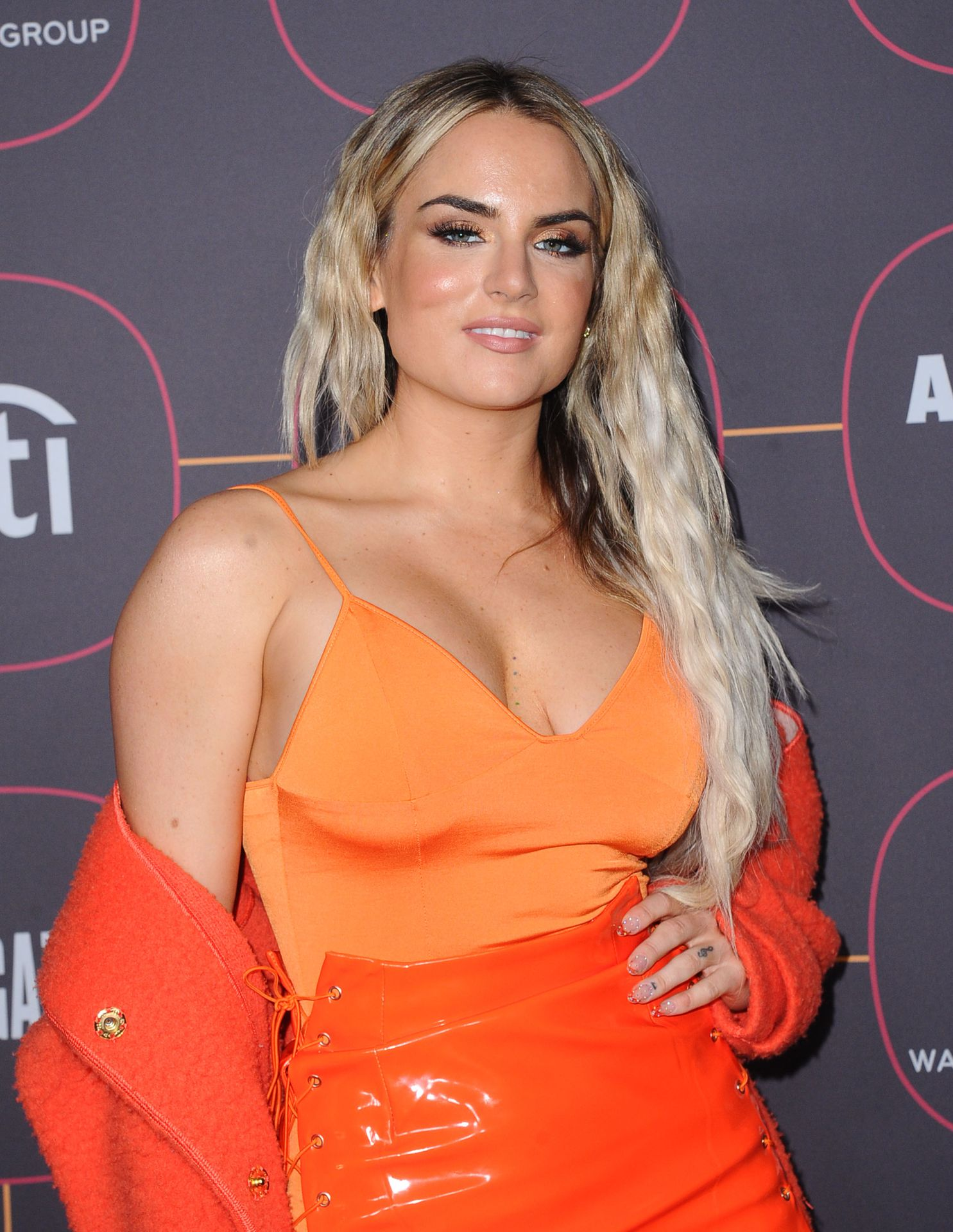 Jojo Shows Off Her Tits At The Warner Music Group Pre Grammy Party In Hollywood 0015