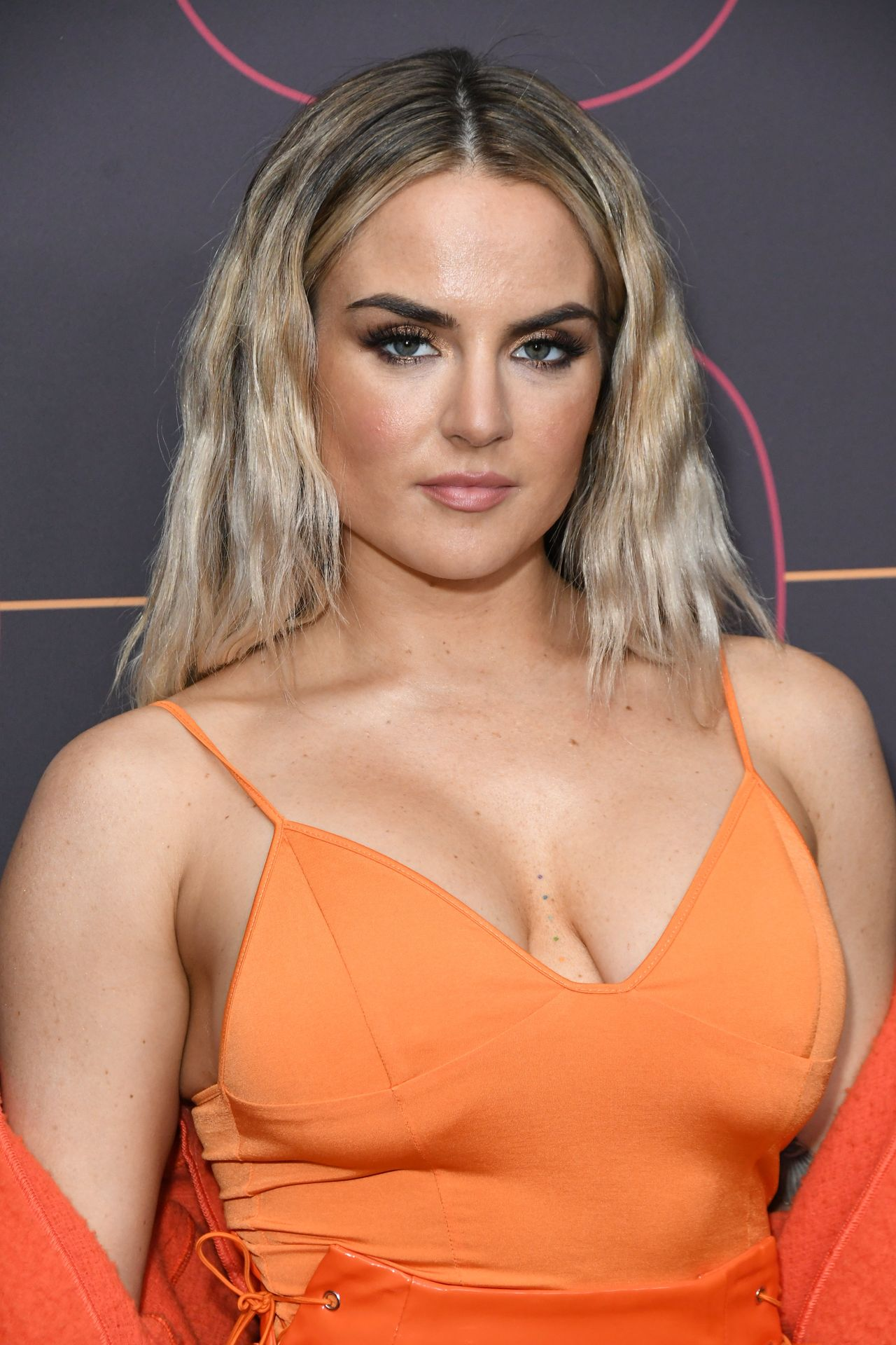 Jojo Shows Off Her Tits At The Warner Music Group Pre Grammy Party In Hollywood 0032