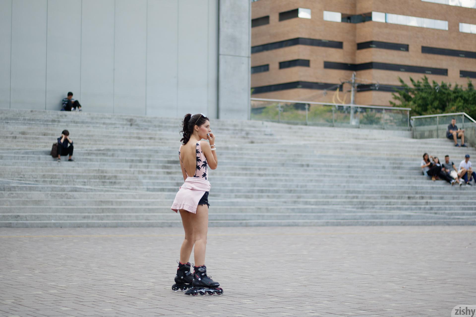 Kate Maze Skates Colombia Zishy (10)