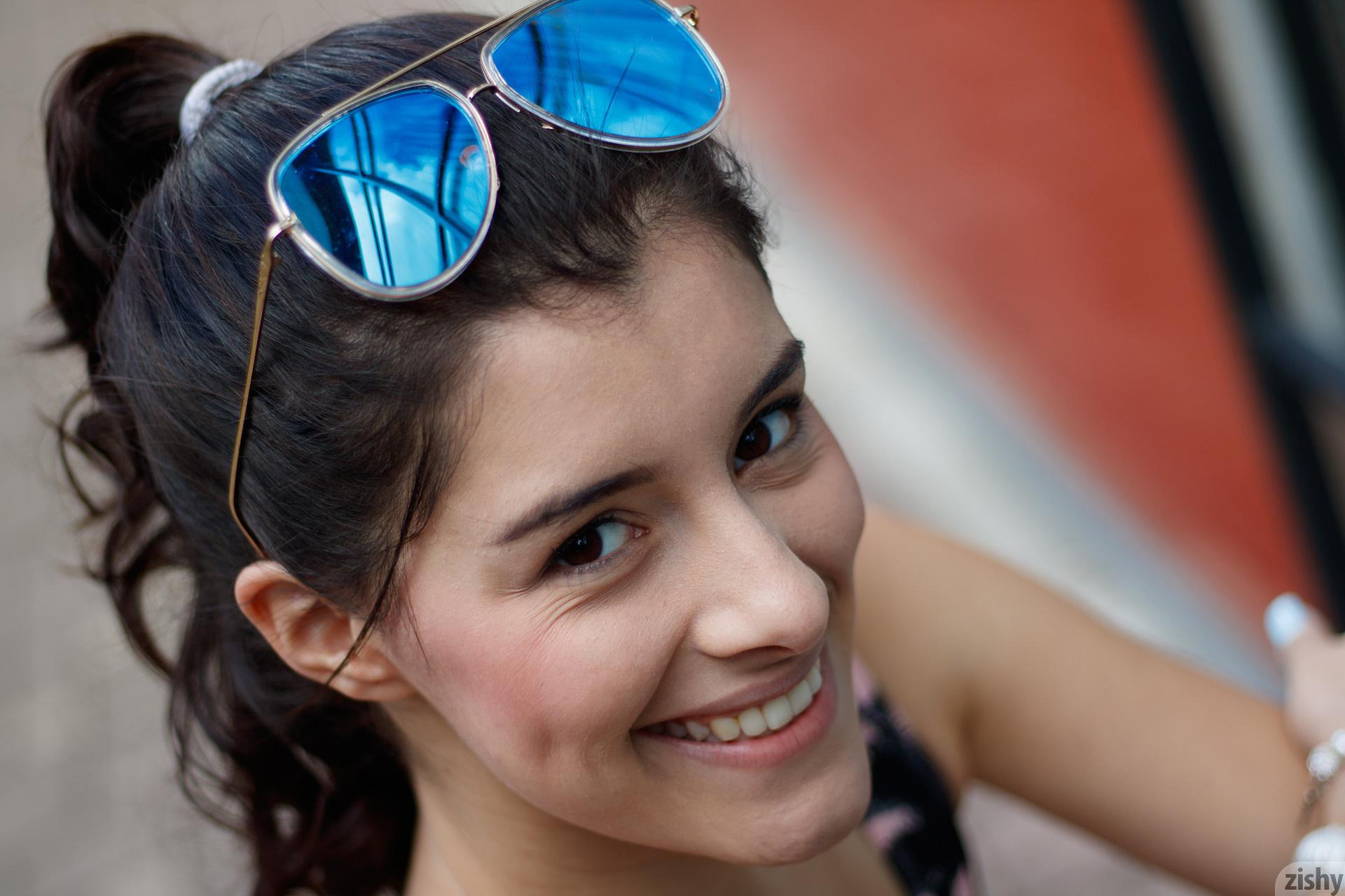 Kate Maze Skates Colombia Zishy (17)